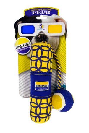 Игрушка для собак R2P Pet High-Viz. Аппортировка с теннисным мячом, плавающая, 30 см. 01550155Игрушка для собак R2P Pet High-Viz. Аппортировка с теннисным мячом - прекрасный подарок для вашего питомца! Собаки воспринимают цвет не так, как человек. Игрушки серии High-Viz разработаны с учетом особенностей зрения собак - сочетание желтого и сине-фиолетового является оптимальным и повышает видимость игрушки. Высококонтрастные расцветки наиболее подходят для глаз собак, стимулируют их внимание и привлекают к игре. Игрушка выполнена из неопрена с теннисным мячиком на веревочке. Игрушка подходит для активной игры с собакой как на суше, так и воде, потому что игрушка не тонет, а плавает на поверхности воды. Размер игрушки: 30 см х 5,5 см х 5,5 см. Диаметр мячика: 5 см.