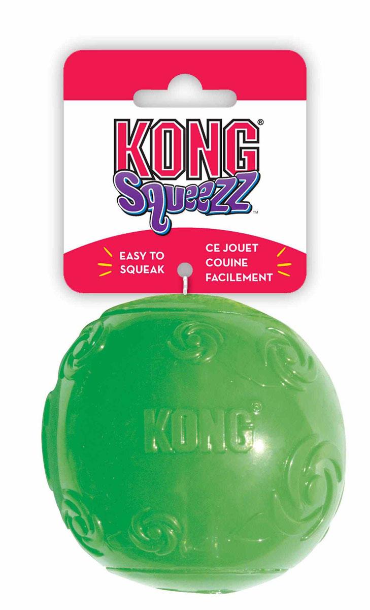 Игрушка для собак Kong Сквиз Мячик, средний, с пищалкой, цвет: зеленыйPSB2Игрушка для собак Kong Сквиз Мячик для собак средних пород выполнена из качественной синтетической резины. Пищалка спрятана таким образом, чтобы собака не могла вынуть ее.