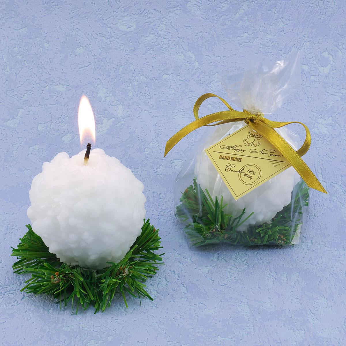 Декоративная свеча Снежок на елке. 769800769800