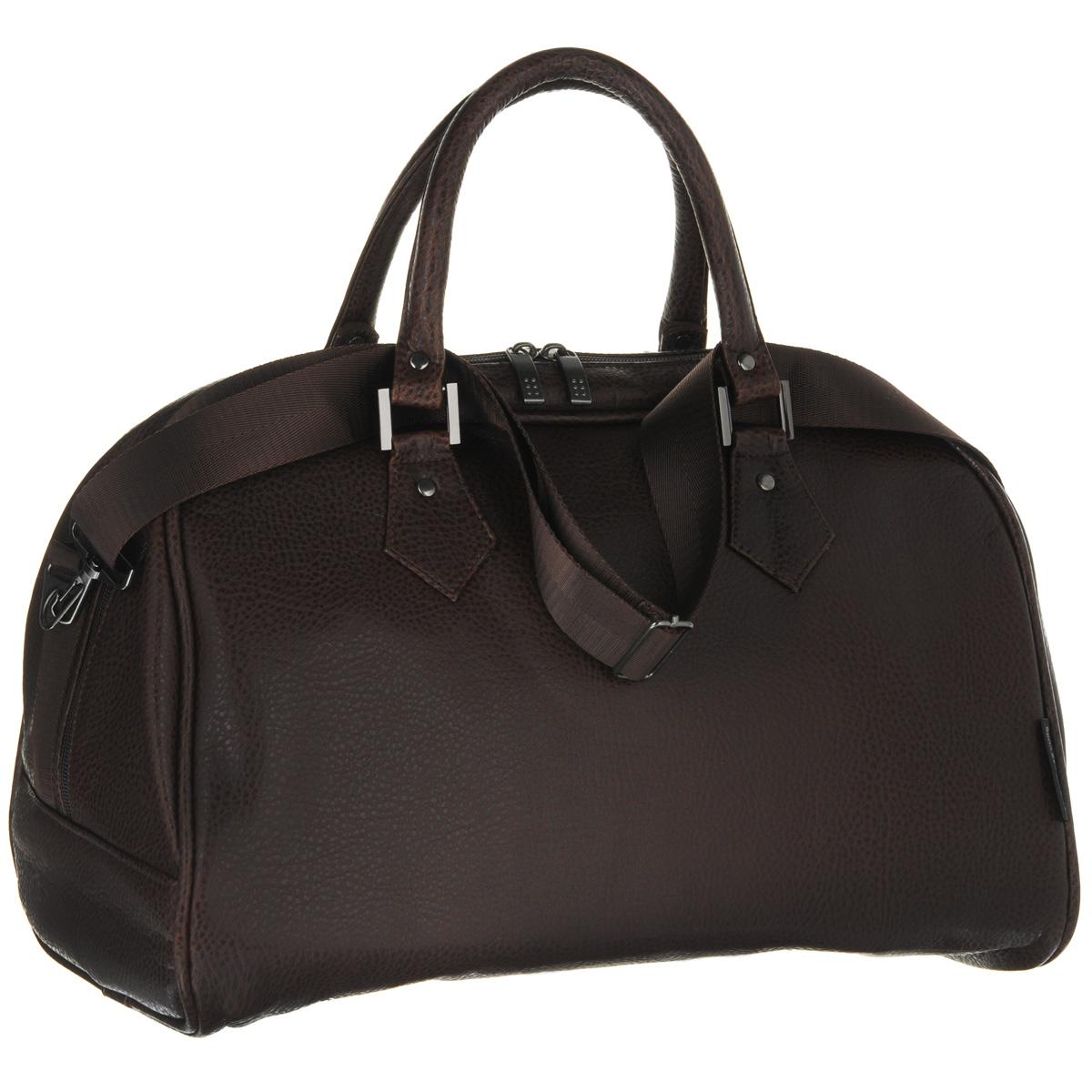Сумка дорожная Antan, цвет: коричневый. 2-137 В2-137 ВДорожная сумка Antan выполнена из фактурной искусственной кожи. Удобные ручки крепятся к корпусу сумки при помощи металлической фурнитуры. Изделие закрывается на удобную застежку-молнию с двумя бегунками. Вместительное внутреннее отделение дополнено врезным карманом на застежке-молнии. В комплекте с сумкой - съемный регулируемый плечевой ремень. Стильная дорожная сумка не только дополнит ваш образ, но и отлично подойдет для дальних поездок. В ней вы сможете оптимально распределить все необходимые вещи.