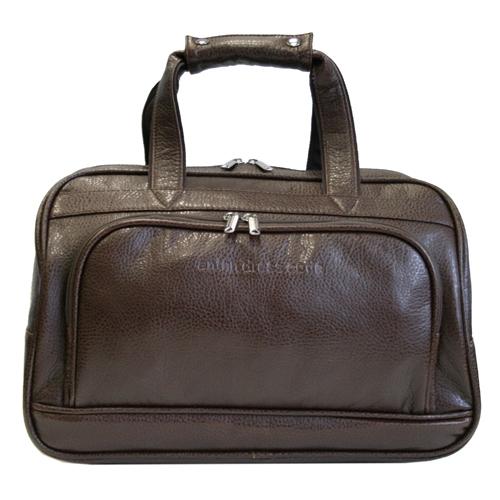 Сумка дорожная Antan, цвет: коричневый. 2-183 В2-183 В коричневыйСтильная дорожная сумка Antan выполнена из искусственной кожи с фактурной поверхностью. Сумка имеет одно вместительное отделение, закрывающееся на застежку-молнию. Внутри - два накладных сетчатых кармана. На лицевой стороне и задней стенке сумки расположены дополнительные карманы на молниях. Сумка оснащена двумя удобными ручками. В комплекте плечевой ремень. Такая сумка будет незаменима при походе в спортзал, а также может использоваться в качестве ручной клади во время путешествия.