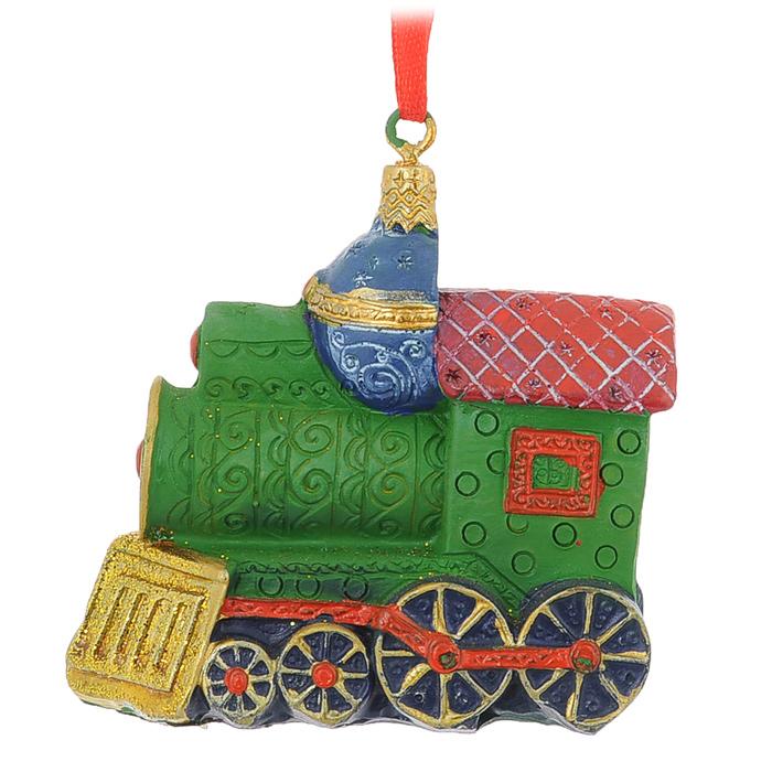 Новогоднее подвесное украшение Маленький паровозик, 7 х 3,5 х 7 см34594Оригинальное новогоднее украшение из пластика прекрасно подойдет для праздничного декора дома и новогодней ели. Изделие крепится на елку с помощью металлического зажима.