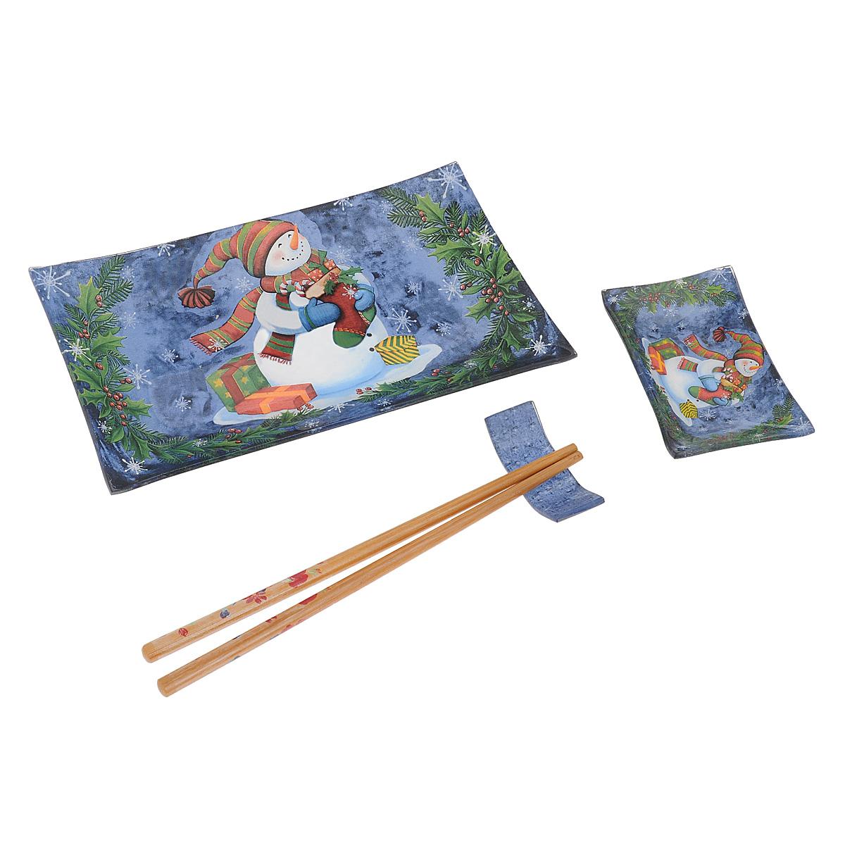 Набор для суши Lillo Снеговик, 4 предмета. 214382214382Набор для суши Lillo, выполненный из высококачественного стекла, включает в себя прямоугольную тарелку для суши, соусницу под соевый соус, комплект бамбуковых палочек и подставку для них. Тарелка и соусница оформлены изображением снеговика с новогодним носочком. Палочки декорированы цветочным рисунком. Данный набор идеально подойдет для грамотной и красивой сервировки стола и будет отличным новогодним подарком любителям восточной кухни.