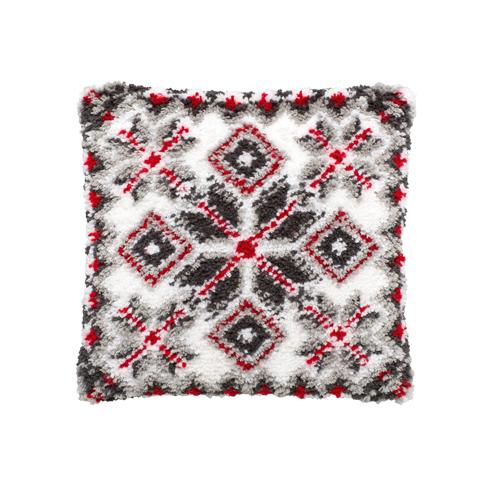 Набор для вышивания подушки Pako Узор, 40 х 40 см 013.3267708482Набор для вышивания Pako Узор поможет вам создать свой личный шедевр - красивую картину на страмине, вышитую в ковровой технике. Такая картина станет прекрасной заготовкой для декоративной подушки, которая будет выглядеть всегда стильно и модно. Вышивание отвлечет вас от повседневных забот и превратится в увлекательное занятие! Работа, сделанная своими руками, создаст особый уют и атмосферу в доме и долгие годы будет радовать вас и ваших близких, а подарок, выполненный собственноручно, станет самым ценным для друзей и знакомых. В набор входят: - страмин с нанесенным рисунком (100% хлопок), - нитки 100% акрил (отрезками по 5,5 см), - инструкция на русском языке. Нижнее основание и наполнитель для подушки в комплект не входят.