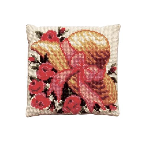 Набор для вышивания подушки Pako Шляпа и розы, 40 х 40 см7708529Красивый и стильный рисунок-вышивка, выполненный на страмине с нанесенным рисунком, станет прекрасной заготовкой для создания стильной декоративной подушки. Вышивка выполняется крестиком. Вышивание отвлечет вас от повседневных забот и превратится в увлекательное занятие! Работа, сделанная своими руками, создаст особый уют и атмосферу в доме и долгие годы будет радовать вас и ваших близких, а также станет прекрасным подарком. В набор входит: - канва-страмин с нанесенным рисунком (100% хлопок), - пряжа (100% акрил) 12 цветов, - игла, - подробная инструкция. Обратная сторона подушки и наполнитель в комплект не входят.