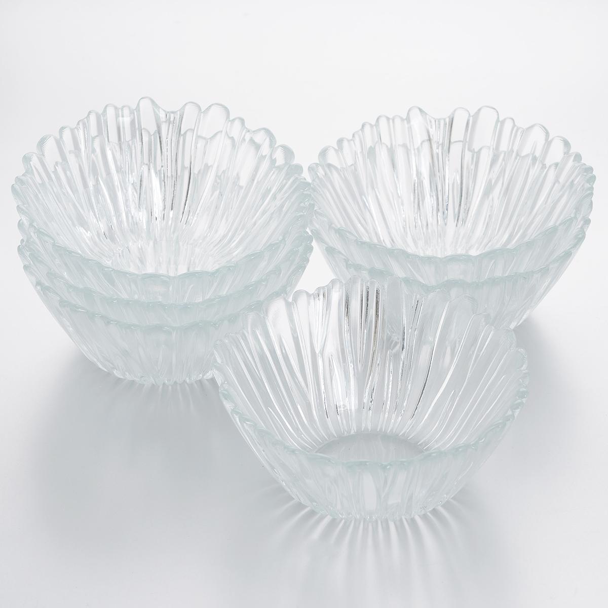 Набор салатников Pasabahce Аврора, диаметр 14 см, 6 шт. 10601B10601BНабор Pasabahce Аврора состоит из шести круглых салатников, выполненных из прочного закаленного натрий-кальций-силикатного стекла с повышенной термостойкостью. Стенки украшены изящным рельефом. Такие салатники прекрасно подойдут для сервировки закусок, нарезок, салатов и других блюд. Набор прекрасно оформит праздничный стол и удивит вас изысканным дизайном. Можно мыть в посудомоечной машине и использовать в микроволновой печи.