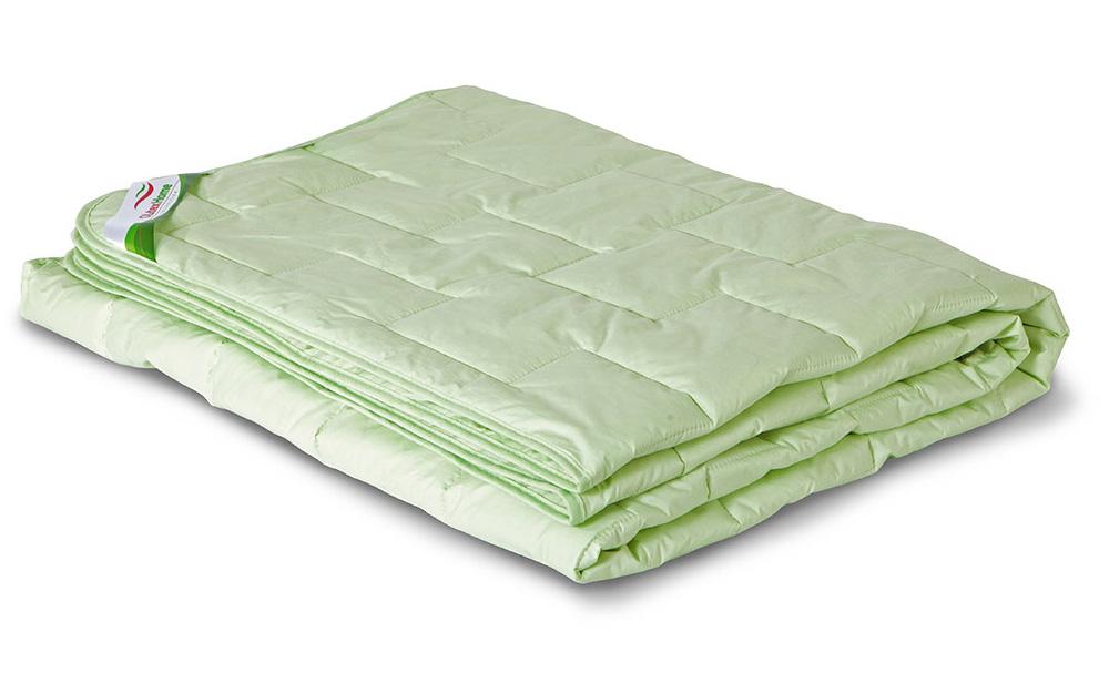 Одеяло всесезонное OL-Tex Бамбук, наполнитель: бамбуковое волокно, цвет: фисташковый, 110 х 140 смОБТ-11-3Одеяло OL-Tex Бамбук подарит вам ни с чем несравнимую мягкость и комфорт. Теплое, легкое, гипоаллергенное одеяло из коллекции Бамбук создано с использованием натурального и экологически чистого бамбукового волокна. Чехол одеяла фисташкового цвета выполнен из тика, оформлен фигурной стежкой и окантован по краю. Натуральная, экологически чистая основа бамбукового волокна обладает природными антибактериальными и дезодорирующими свойствами, останавливает рост и развитие бактерий, препятствует появлению неприятных запахов. Эти качества сохраняются даже после многократных стирок. Идеально подходит людям, страдающим аллергией и астмой. Основные свойства бамбукового наполнителя: - отличная воздухопроницаемость и впитывающие свойства, - дезодорирующие и бактерицидные свойства, - гигиеничность и гипоаллергенность. Одеяло всесезонное: оно прекрасно согреет зимой, а летом спать под ним будет не жарко. Подарите себе здоровый сон с...