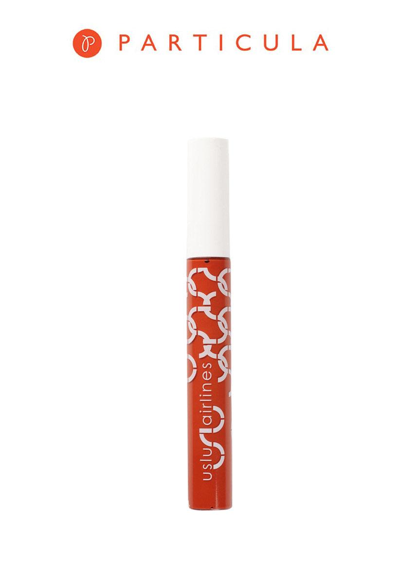 Uslu airlines Блеск для губ, оттенок DWB (soalala), 7 мл10140Блески для губ Uslu airlines представлены в разнообразной палитре оттенков - от естественных нейтральных до ярких и насыщенных. По-сумасшедшему смотрятся как отдельно, так и в сочетании с любимыми помадами от Uslu airlines. UVB-фильтры, витамин Е и антиоксиданты защищают ваши губы от солнца и преждевременного старения. Пчелиный воск и масло авокадо питают и увлажняют губы весь день. Блески Uslu airlines подходят для любого типа кожи, стойкие, не содержат силикон. Товар сертифицирован.