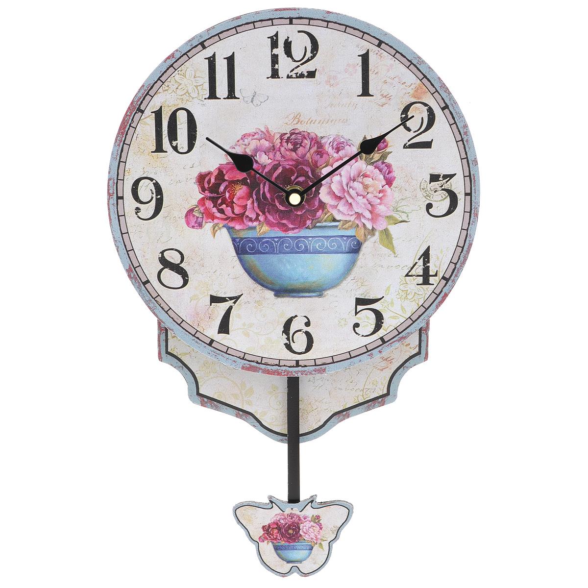 Часы настенные Цветы, кварцевые, с маятником. 3037630376Настенные кварцевые часы Цветы изготовлены из МДФ. Часы имеют круглую форму. Корпус оформлен изображением цветов в горшке. Тип индикации - арабские цифры. Часы имеют две стрелки - часовую и минутную. С задней стороны имеется петелька для подвешивания на стену. Часы имеют маятник в виде бабочки. Изящные часы красиво и оригинально оформят интерьер дома или офиса. Часы работают от одной батарейки типа АА мощностью 1,5V (в комплект не входит). Размер корпуса (ДхШхВ) (без учета маятника): 30 см х 24 см х 4 см. Диаметр циферблата: 24 см. Внимание! Уважаемые клиенты, обращаем ваше внимание на тот факт, что циферблат часов не защищен стеклом!
