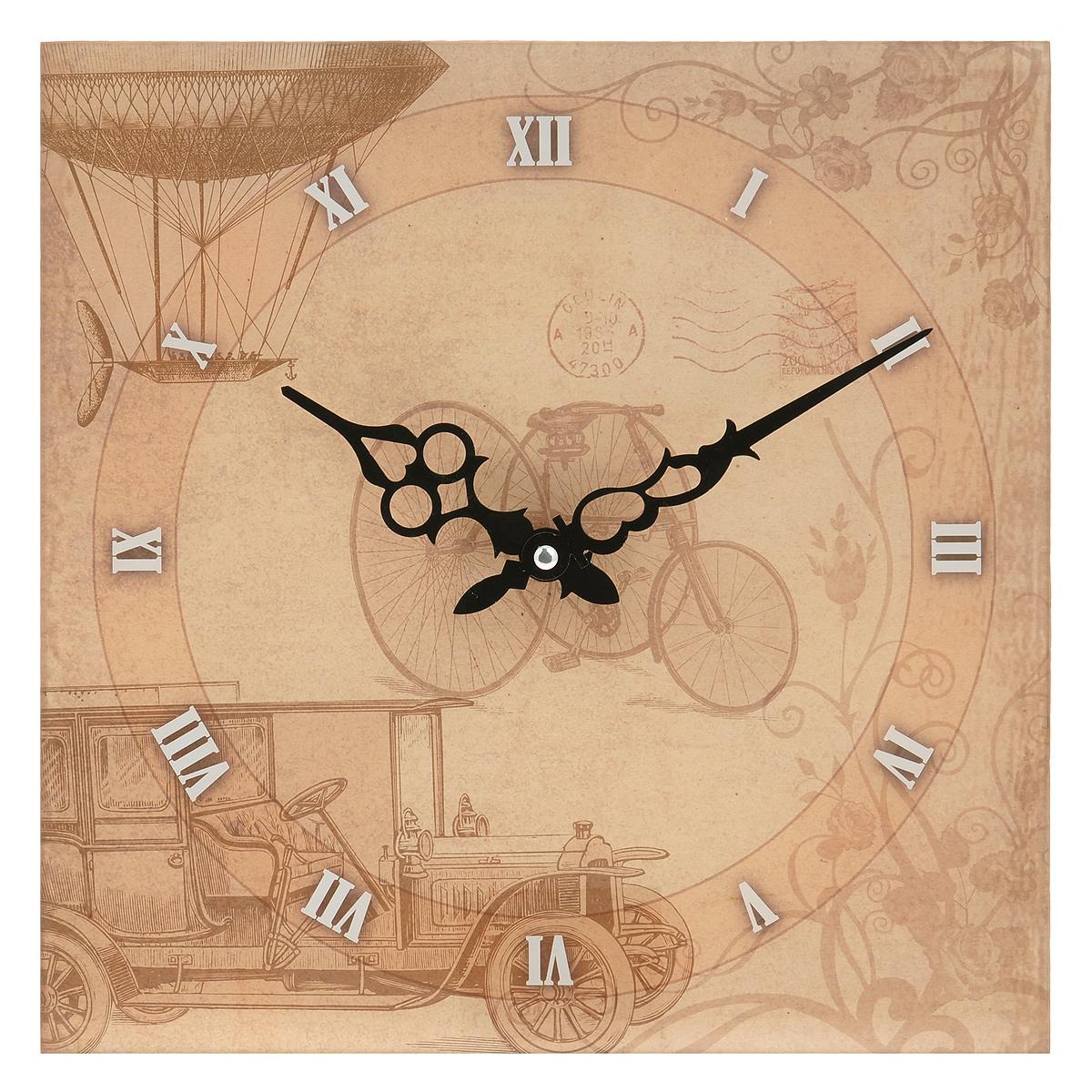 Часы настенные Велосипед, кварцевые. 2779727797Настенные кварцевые часы Велосипед своим эксклюзивным дизайном подчеркнут оригинальность интерьера вашего дома. Часы выполнены из стекла и оформлены изображением велосипеда и машины. Тип индикации - римские цифры. Часы имеют две фигурные стрелки - часовую и минутную. С задней стороны имеется петелька для подвешивания на стену. Для кухни, гостиной, прихожей или дачи - вы обязательно найдете ту модель, которая вам понравится. Часы работают от одной батарейки типа АА мощностью 1,5V (в комплект не входит). Диаметр циферблата: 26,5 см. Размер корпуса (ДхШ): 30 см х 30 см. Внимание! Уважаемые клиенты, обращаем ваше внимание на тот факт, что циферблат часов не защищен стеклом!