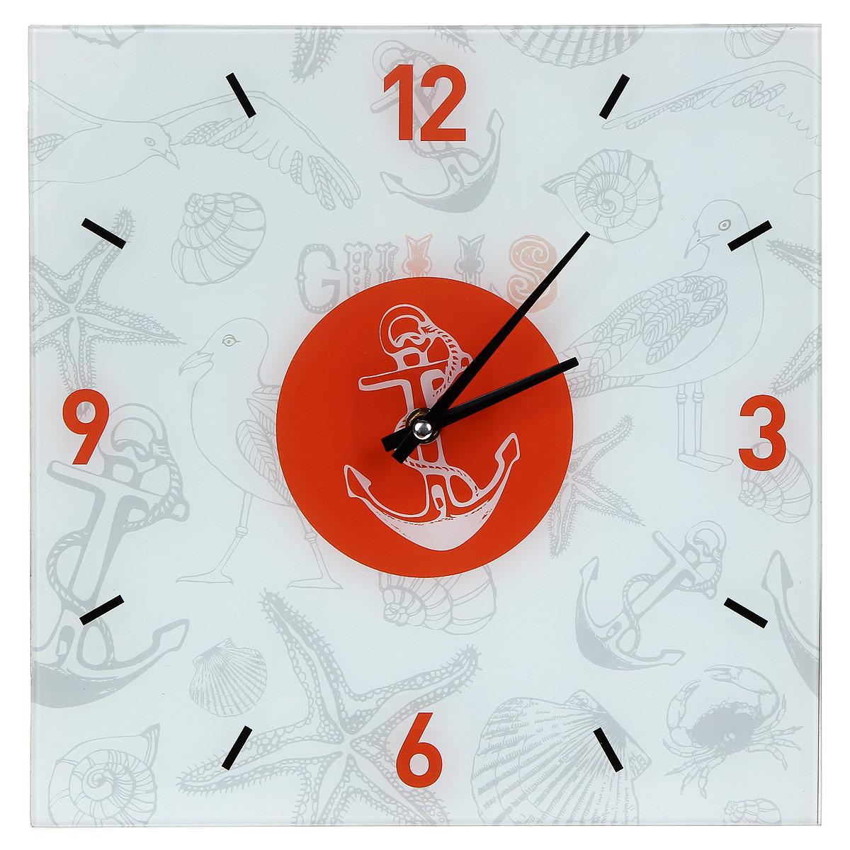 Часы настенные Морские. 2780827808Настенные часы квадратной формы Морские своим эксклюзивным дизайном подчеркнут оригинальность интерьера вашего дома. Часы выполнены из стекла и украшены изображением чаек, якорей, ракушек и морских звезд. Часы имеют две стрелки - часовую и минутную. Циферблат часов не защищен стеклом. Настенные часы Морские подходят для кухни, гостиной, прихожей или дачи, а также могут стать отличным подарком для друзей и близких. Часы работают от одной батарейки типа АА (не входят в комплект).