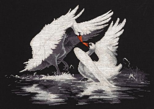 Набор для вышивания крестом Alisena Лебеди, 38 х 27 см Art-1178547196Набор для вышивания крестиком Alisena Лебеди поможет вам создать свой личный шедевр - красивую картину, вышитую нитками. В набор входит: - канва Aida №16 Zweigart черная (100% хлопок), - мулине Anchor - разработано и закреплено на органайзере, - игла, - символьно-цветная схема, - инструкция на русском языке. Размер готовой работы: 38 см х 27 см (250 х 178 крестиков). Количество цветов: 12. Работа, выполненная своими руками, станет отличным подарком для друзей и близких!