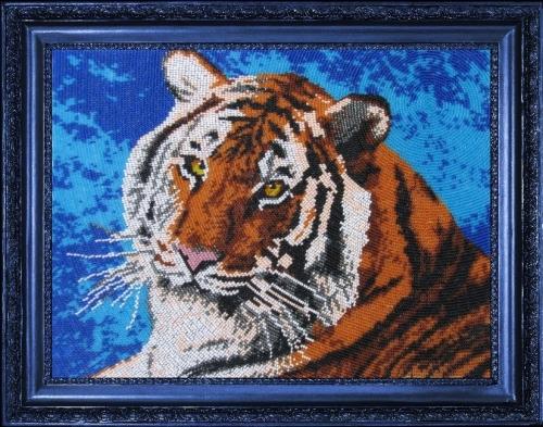 Набор для вышивания бисером Butterfly Тигр, 24 см х 33 см545219Набор для вышивания Butterfly Тигр поможет вам создать свой личный шедевр - красивую картину на атласной ткани, вышитую бисером. Вышивание отвлечет вас от повседневных забот и превратится в увлекательное занятие! Работа, сделанная своими руками, создаст особый уют и атмосферу в доме и долгие годы будет радовать вас и ваших близких, а подарок, выполненный собственноручно, станет самым ценным для друзей и знакомых. В набор входят: - ткань (атлас) с нанесенным рисунком, - бисер Preciosa Ornela №10 - 12 цветов (Чехия), - инструкция на русском языке, - игла бисерная. УВАЖАЕМЫЕ КЛИЕНТЫ! Обращаем ваше внимание, на тот факт, что рамка в комплект не входит, а служит для визуального восприятия товара.