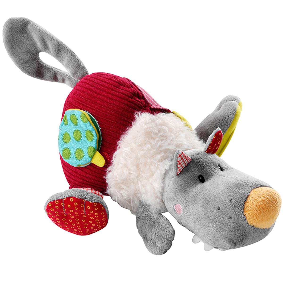 Развивающая игрушка Lilliputiens Волк Николас86523Развивающая игрушка Lilliputiens Волк Николас, выполненная из хлопка разных цветов и фактур, представляет собой симпатичного волка. Его мордашка вышита нитками, в головке спрятана пищалка, а в тельце - погремушка, мелодично звенящая каждый раз, когда малыш трясет игрушку. На задней лапке волка расположено безопасное зеркальце, в другой задней лапке и в хвостике спрятаны шуршащие элементы. На тельце игрушки находятся небольшой кармашек, а также элемент в виде странички на липучке, скрывающий изображение Красной Шапочки и козленка. С помощью петельки на липучке игрушку можно прикрепить к коляске, кроватке, автокреслу или игровой дуге ребенка. Также к петельке можно подвесить пустышку. Игрушка Lilliputiens Волк Николас поможет малышу развить тактильное, звуковое и цветовое восприятия, координацию движений и мелкую моторику рук с самого рождения.