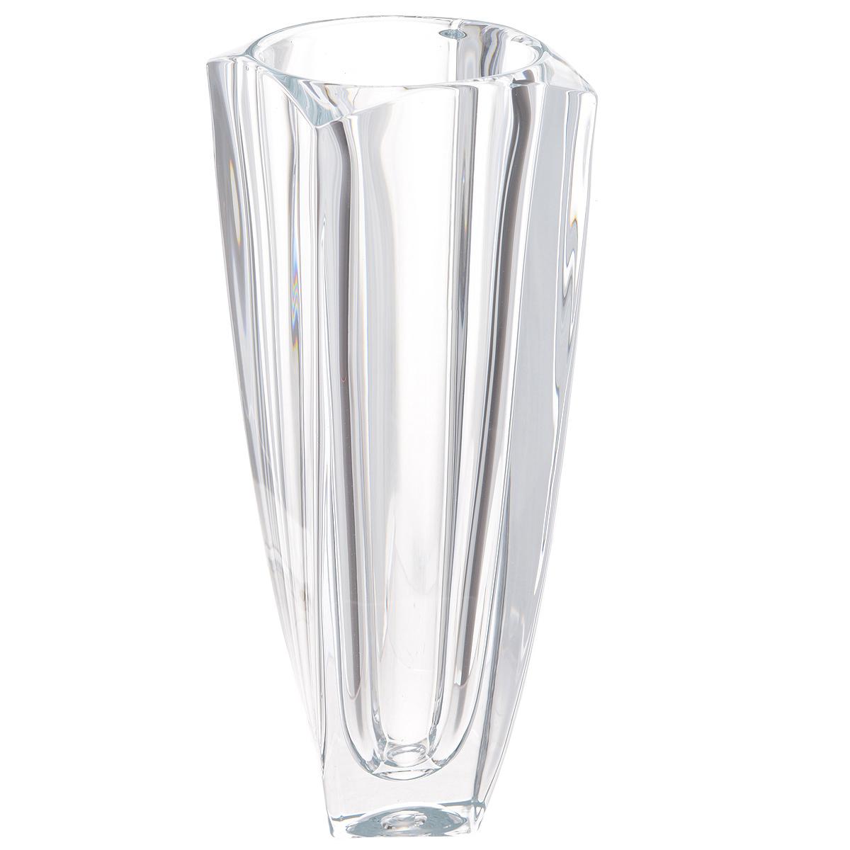 Ваза Crystalite Bohemia Ареззо, высота 28 см8KG17/0/99S76/280Изящная ваза Crystalite Bohemia Ареззо изготовлена из прочного утолщенного стекла кристалайт. Она красиво переливается и излучает приятный блеск. Ваза оснащена выгнутыми верхними краями и слегка закрученными к низу гранями, что делает ее изящным украшением интерьера. Ваза Crystalite Bohemia Ареззо дополнит интерьер офиса или дома и станет желанным и стильным подарком.
