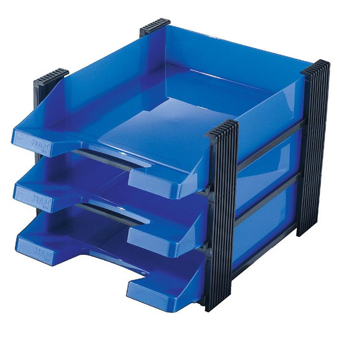 Лоток для бумаг горизонтальный HAN Brillant, 3 секции, цвет: синий, прозрачныйHA1023/86Горизонтальный лоток для бумаг HAN Brillant поможет вам навести порядок на столе и сэкономить пространство. Лоток состоит из 3 вместительных секций, и, благодаря оригинальному дизайну и классической форме, органично впишется в любой интерьер. Секции могут сдвигаться относительно друг друга, что позволяет настроить лоток так, как будет удобно именно вам. Лоток изготовлен из полупрозрачного антистатического пластика. Приподнятый передний бортик облегчает изъятие бумаг из накопителя. Лоток имеет пластиковые ножки, предотвращающие скольжение по столу и обеспечивающие необходимую устойчивость. Благодаря лотку для бумаг, важные бумаги и документы не потеряются и всегда будут под рукой.