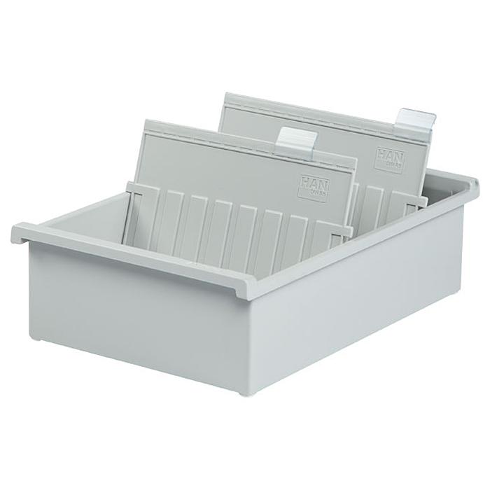 Лоток для бумаг горизонтальный HAN, цвет: светло-серый, формат А5. HA955-0/11HA955-0/11Горизонтальный лоток для бумаг HAN поможет вам навести порядок на столе и сэкономить пространство. Лоток подойдет для карточек формата А5 и меньше. Лоток состоит из 3 вместительных секций, и, благодаря оригинальному дизайну и классической форме, органично впишется в любой интерьер. В комплект входят 2 прозрачных ярлыка и 2 пластиковых съемных разделителя, всего лоток оснащен вырубками для 26 разделителей. Таким образом, можно изменять размер секций, что позволяет настроить лоток так, как будет удобно именно вам. Лоток изготовлен из антистатического ударопрочного пластика. Лоток имеет ножки, предотвращающие скольжение по столу и обеспечивающие необходимую устойчивость. Благодаря лотку для бумаг, важные бумаги и документы не потеряются и всегда будут под рукой.