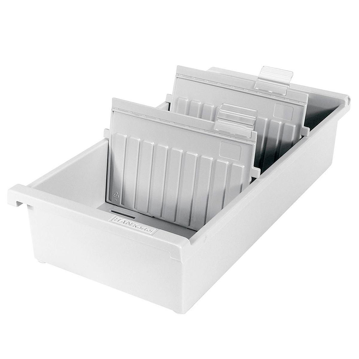 Лоток для бумаг горизонтальный HAN, цвет: светло-серый, формат А7. HA957-0/11HA957-0/11Горизонтальный лоток для бумаг HAN поможет вам навести порядок на столе и сэкономить пространство. Лоток подойдет для карточек формата А7 и меньше. Лоток состоит из 3 вместительных секций, и, благодаря оригинальному дизайну и классической форме, органично впишется в любой интерьер. В комплект входят 2 прозрачных ярлыка и 2 пластиковых съемных разделителя, всего лоток оснащен вырубками для 26 разделителей. Таким образом, можно изменять размер секций, что позволяет настроить лоток так, как будет удобно именно вам. Лоток изготовлен из антистатического ударопрочного пластика. Лоток имеет ножки, предотвращающие скольжение по столу и обеспечивающие необходимую устойчивость. Благодаря лотку для бумаг, важные бумаги и документы не потеряются и всегда будут под рукой.