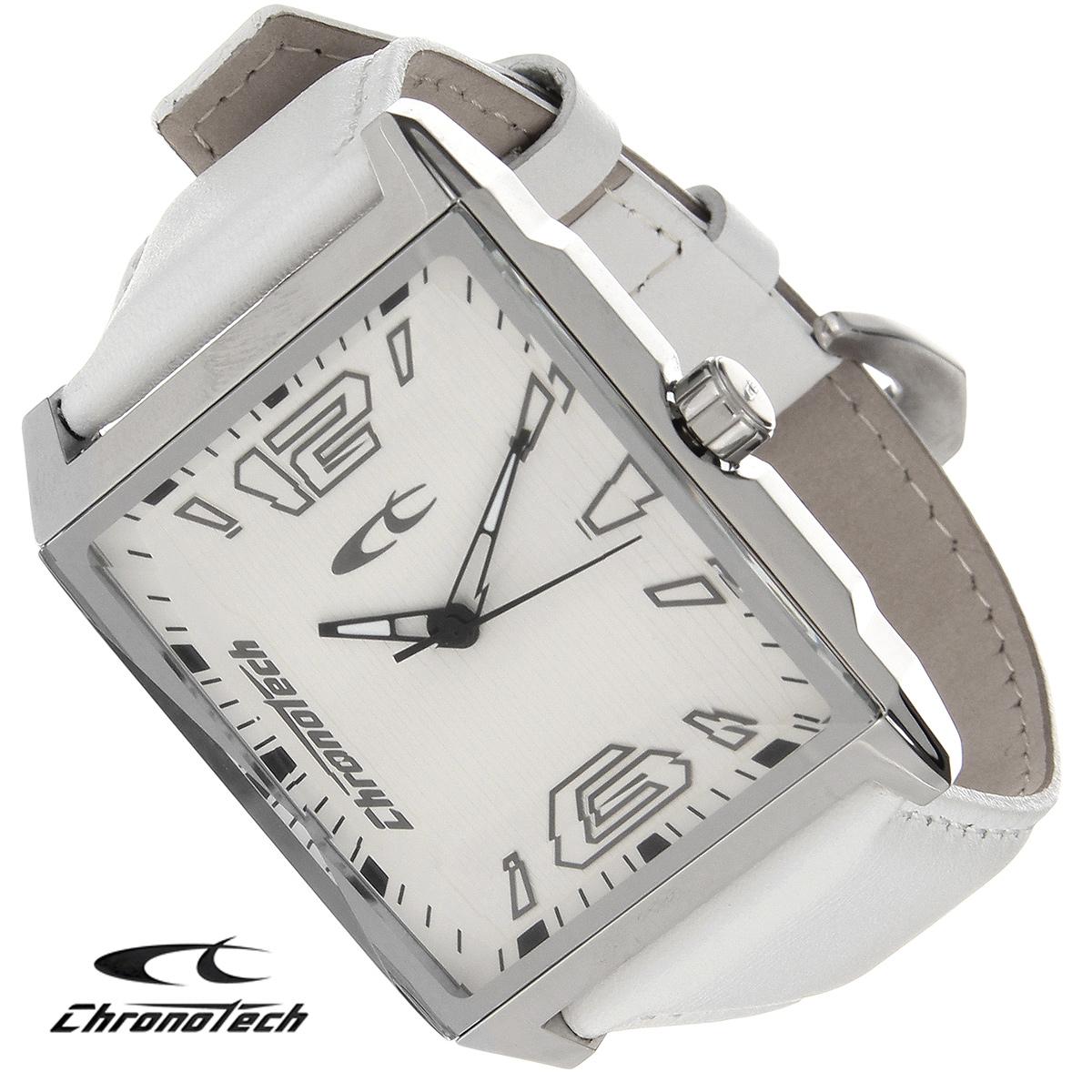 Часы мужские наручные Chronotech, цвет: серебристый, белый. RW0056RW0056Часы Chronotech - это часы для современных и стильных людей, которые стремятся выделиться из толпы и подчеркнуть свою индивидуальность. Корпус часов выполнен из нержавеющей стали. Циферблат оформлен арабскими цифрами и отметками, защищен минеральным стеклом. Часы имеют три стрелки - часовую, минутную и секундную. Ремешок часов выполнен из натуральной кожи и застегивается на классическую застежку. Часы упакованы в фирменную коробку с логотипом компании Chronotech. Такой аксессуар добавит вашему образу стиля и подчеркнет безупречный вкус своего владельца. Характеристики: Размер циферблата: 3 см х 3,5 см. Размер корпуса: 3,8 см х 5,2 см х 0,9 см. Длина ремешка (с корпусом): 24,5 см. Ширина ремешка: 2,2 см.