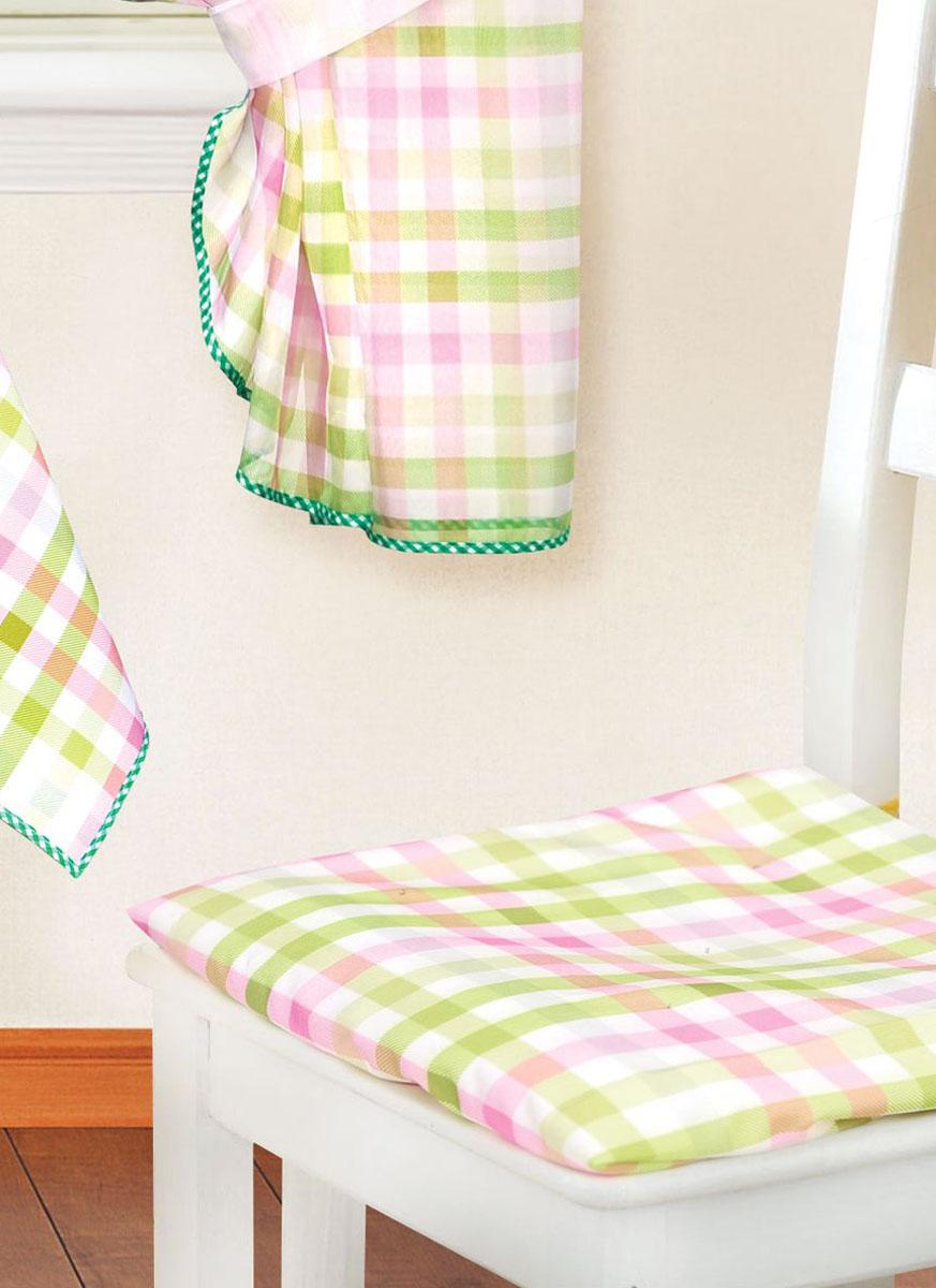 Подушка для стула Garden, 40 х 40 см ск 8225w1985 v28ск 8225w1985 v28Подушка на стул Garden не только красиво дополнит интерьер кухни, но и обеспечит комфорт при сидении. Чехол выполнен из полиэстера, оформленного рисунком - клеткой. Нижняя сторона чехла - однотонная. Внутри - мягкий наполнитель. Подушка легко крепится на стул с помощью завязок. Правильно сидеть - значит сохранить здоровье на долгие годы. Жесткие сидения подвергают наше здоровье опасности. Подушка с мягким наполнителем поможет предотвратить многие беды, которыми грозит сидячий образ жизни. Рекомендации по уходу: - Машинная и ручная стирка при температуре 30°С. - Не отбеливать. - Гладить при низкой температуре. - Сушка в барабане при низкой температуре.