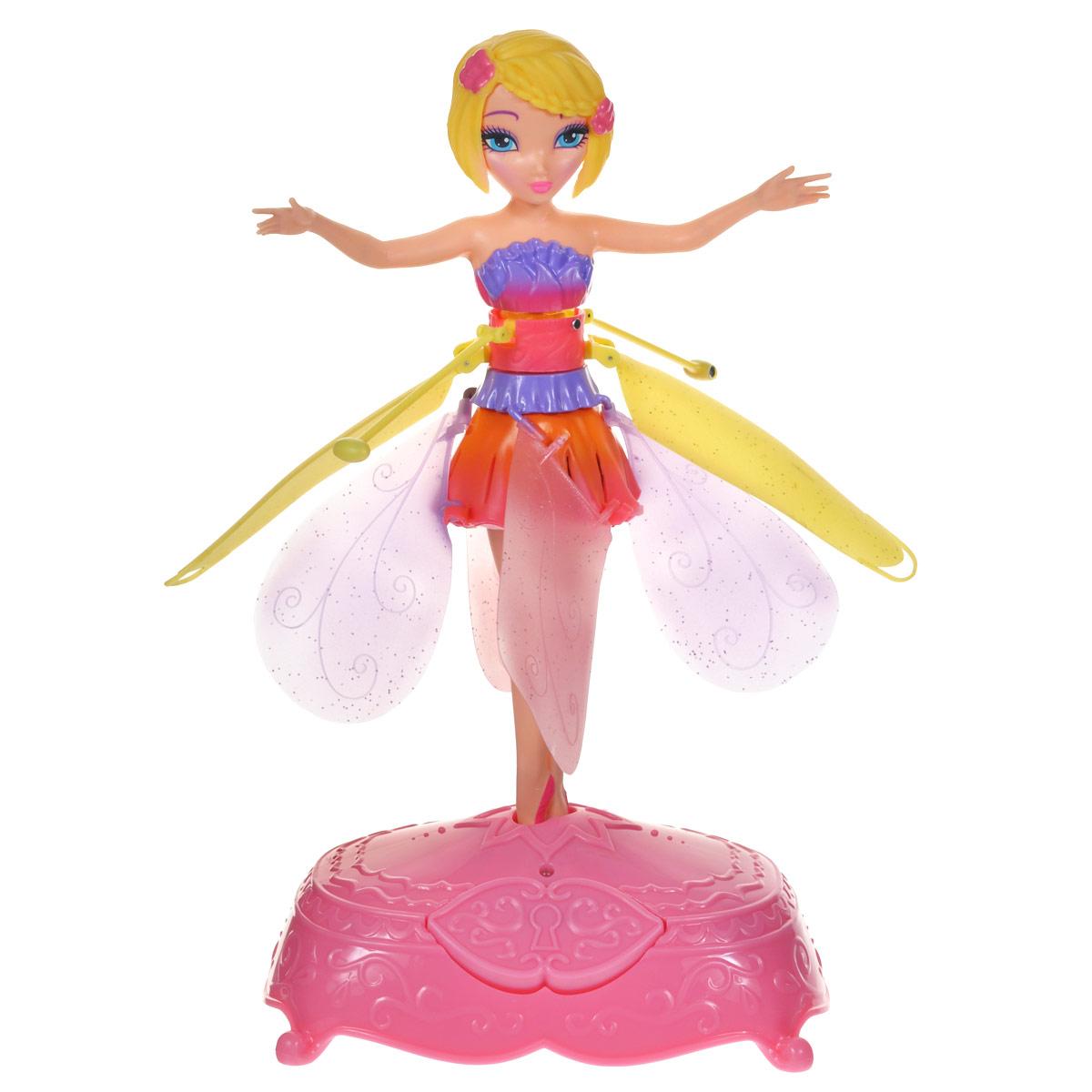 Flying Fairy Мини-кукла Фея парящая в воздухе цвет желтый оранжевый розовый35800_0035_20064914Кукла Flying Fairy Фея приведет в восторг вашу малышку, ведь это фея, которая действительно летает! Куколка, выполненная из пластика, представляет собой милую фею, одетую в платье нежных оттенков. В комплект с куколкой входит специальная подставка для нее. Стоит поставить на нее фею и нажать на кнопку, как кукла взлетит. Можно просто наблюдать за ее полетом или управлять им с помощью рук. Порадуйте свою малышку таким волшебным подарком! Необходимо докупить 6 батареек напряжением 1,5V типа АА (не входят в комплект).