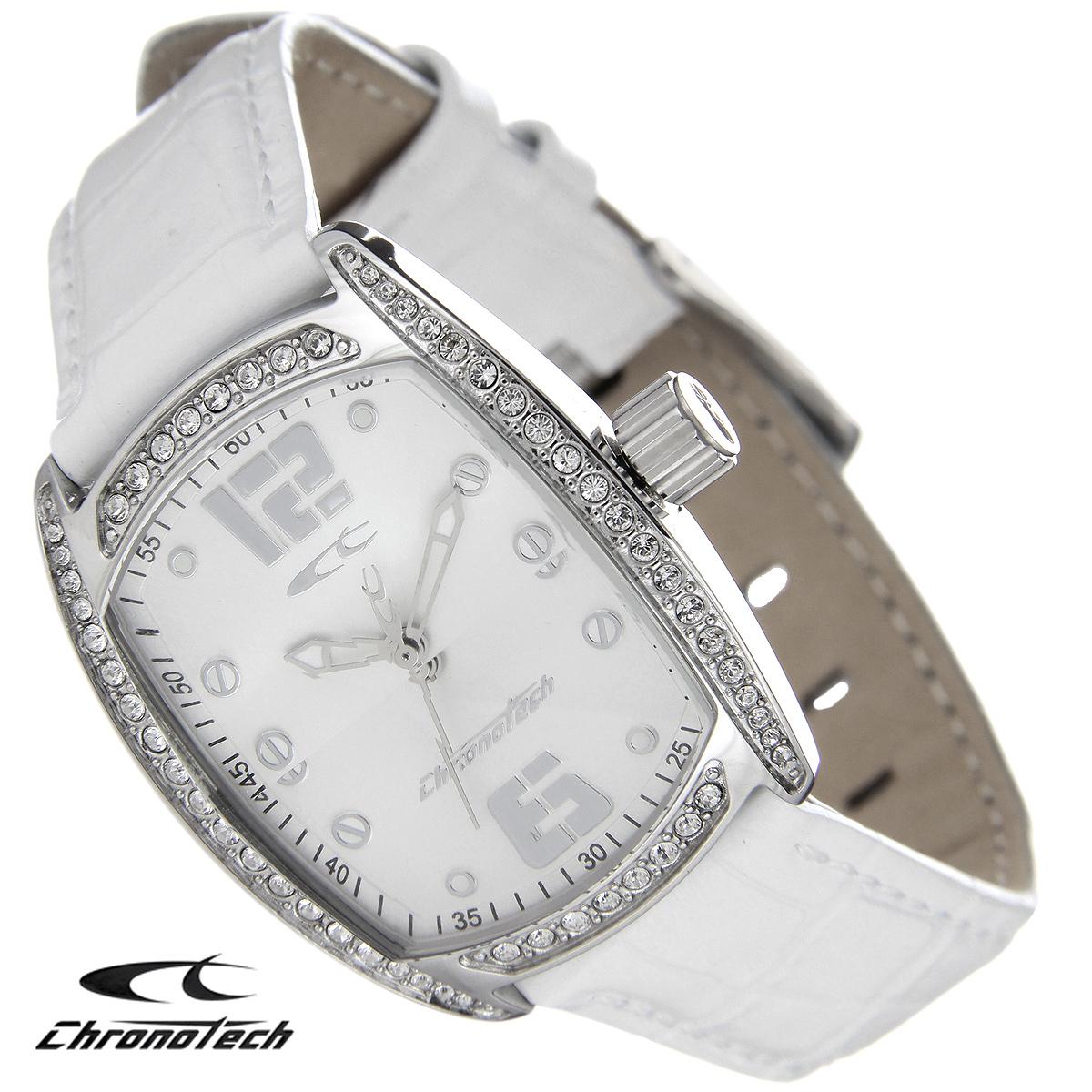 Часы женские наручные Chronotech, цвет: серебристый, белый. RW0002RW0002Часы Chronotech - это часы для современных и стильных людей, которые стремятся выделиться из толпы и подчеркнуть свою индивидуальность. Корпус часов выполнен из нержавеющей стали и по контуру циферблата оформлен стразами. Циферблат оформлен отметками и защищен минеральным стеклом. Часы имеют три стрелки - часовую, минутную и секундную. Стрелки светятся в темноте. Ремешок часов выполнен из натуральной кожи и застегивается на классическую застежку. Часы упакованы в фирменную коробку с логотипом компании Chronotech. Такой аксессуар добавит вашему образу стиля и подчеркнет безупречный вкус своего владельца. Характеристики: Размер циферблата: 2,5 см х 3 см. Размер корпуса: 3 см х 3,8 см х 0,9 см. Длина ремешка (с корпусом): 23 см. Ширина ремешка: 1,6 см.
