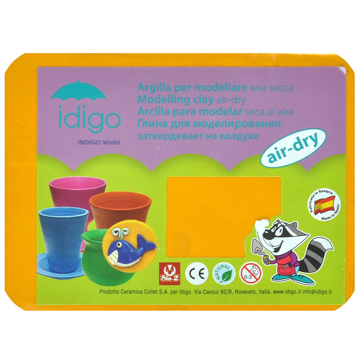 Глина для моделирования Idigo, цвет: желтый51000081Глина Idigo желтого цвета, предназначенная для работ на гончарном круге и ручной лепки, поможет малышу развить творческие способности, воображение и мелкую моторику рук. Она обладает отличными пластичными свойствами, хорошо размягчается, не липнет к рукам и одежде, легко смешивается с глиной другого цвета, благодаря чему можно создать огромное количество любых однородных цветов и оттенков, а также добиться эффекта красивых узоров. Глина затвердевает на воздухе. Для придания дополнительной прочности готовое изделие можно высушить в духовке, а после раскрасить красками и покрыть лаком. Если вдруг паста для лепки потеряла эластичность, намочите ее водой, и ее свойства будут восстановлены. Масса глины: 250 г.