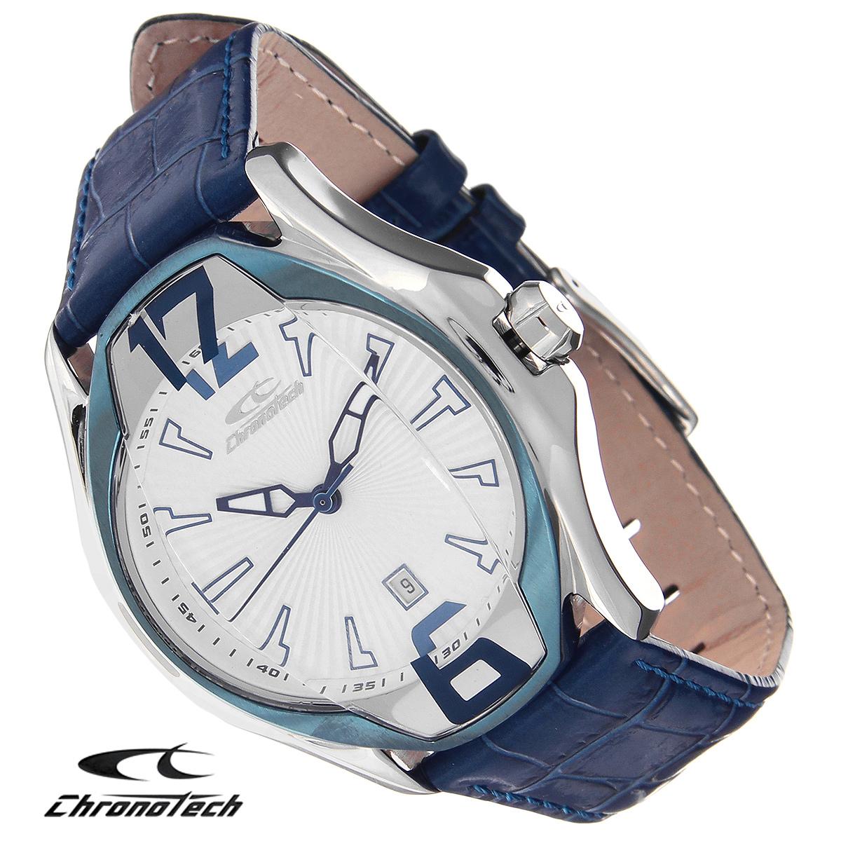 Часы мужские наручные Chronotech, цвет: синий. RW0032RW0032Часы Chronotech - это часы для современных и стильных людей, которые стремятся выделиться из толпы и подчеркнуть свою индивидуальность. Корпус часов выполнен из нержавеющей стали. Циферблат оформлен арабскими цифрами и отметками и защищен минеральным стеклом. Часы имеют три стрелки - часовую, минутную и секундную. Часы имеют индикатор даты. Стрелки светятся в темноте. Ремешок часов выполнен из натуральной кожи с тиснением и застегивается на классическую застежку. Часы упакованы в фирменную коробку с логотипом компании Chronotech. Такой аксессуар добавит вашему образу стиля и подчеркнет безупречный вкус своего владельца. Характеристики: Диаметр циферблата: 3,5 см. Размер корпуса: 4,4 см х 5 см х 1,3 см. Длина ремешка (с корпусом): 26 см. Ширина ремешка: 2 см.