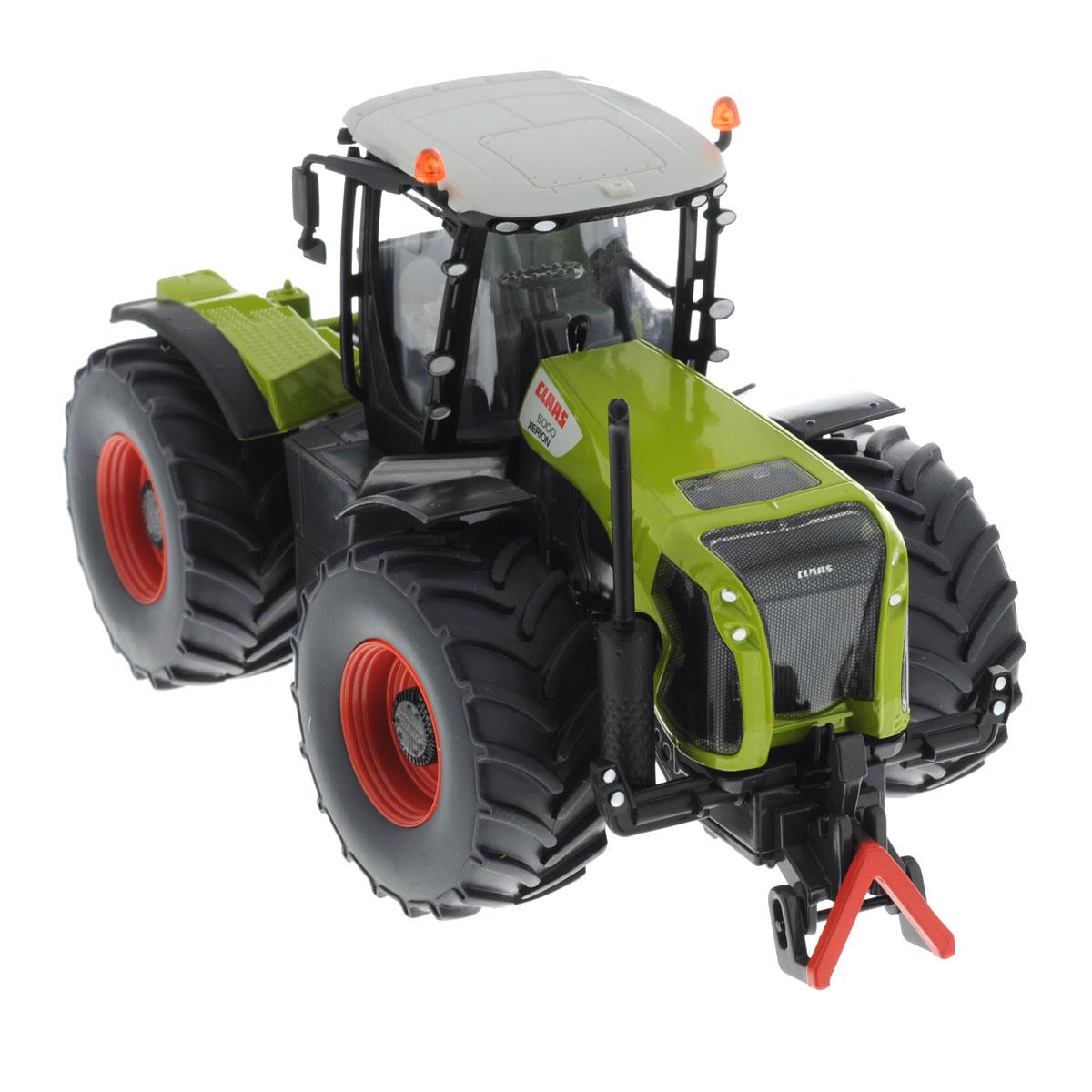 Siku Трактор Claas Xerion 50003271Коллекционная модель Siku Трактор Claas Xerion 5000 выполнена в виде точной копии трактора в масштабе 1/32. Такая модель понравится не только ребенку, но и взрослому коллекционеру и приятно удивит вас высочайшим качеством исполнения. Корпус трактора выполнен из металла, кабина водителя и стекла в ней - из пластика, колеса прорезинены. Кабина трактора съемная, что расширяет простор для игр. Трактор оборудован сцепным устройством совместимым с прицепами Siku Farmer масштаба 1:32. Колесики модели вращаются. Коллекционная модель отличается великолепным качеством исполнения и детальной проработкой, она станет не только интересной игрушкой для ребенка, интересующегося агротехникой, но и займет достойное место в любой коллекции.