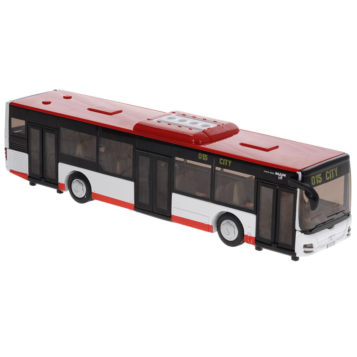 Siku Автобус городской MAN Lions City3734Коллекционная модель Siku Автобус городской выполнена в виде точной копии городского автобуса Man Lions City в масштабе 1/50. Такая модель понравится не только ребенку, но и взрослому коллекционеру, и приятно удивит вас высочайшим качеством исполнения. Модель выполнена из металла с элементами из пластика; прорезиненные колеса крутятся. Открываются пассажирские двери и крышка моторного отсека. Коллекционная модель станет не только интересной игрушкой для ребенка, но и займет достойное место в коллекции. Порадуйте его таким замечательным подарком!