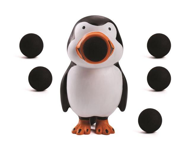 Игрушка Hog Wild Squeeze Popper: Пингвин, с шариками54370Игрушка Hog Wild Squeeze Popper: Пингвин выполнена из безопасного материала в виде черно-белого пингвинчика с ярким оранжевым клювом и лапками. Также в комплект входят 6 мягких шариков из вспененного полимера и текстильная сетка для их хранения. Для запуска необходимо вставить шарик в рот пингвину и нажать на его живот. Чем сильнее нажатие - тем дальше выстреливает шарик. С этим ярким увлекательным набором можно устроить настоящие соревнования и выяснить, кто же сможет дальше добросить шарик. Игрушка поможет ребенку в развитии меткости, ловкости, координации движений и сноровки.