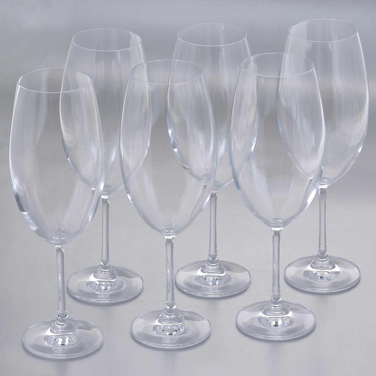 Набор бокалов для воды Crystalite Bohemia Барбара, 630 мл, 6 шт1SD22/630Набор Crystalite Bohemia Барбара состоит из шести бокалов, выполненных из прочного высококачественного прозрачного стекла. Изделия оснащены изящными высокими ножками. Бокалы предназначены для подачи воды, сока и других напитков. Они излучают приятный блеск и издают мелодичный звон. Бокалы сочетают в себе элегантный дизайн и функциональность. Благодаря такому набору пить напитки будет еще вкуснее. Набор бокалов Crystalite Bohemia Барбара прекрасно оформит праздничный стол и создаст приятную атмосферу за романтическим ужином. Такой набор также станет хорошим подарком к любому случаю. Не использовать в посудомоечной машине и микроволновой печи.