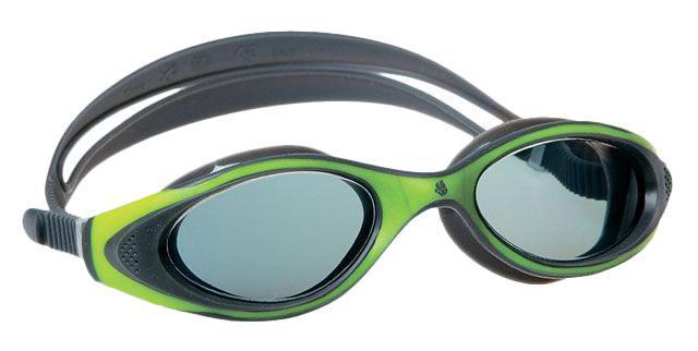 Очки для плавания MadWave Flame, цвет: зеленый, серыйM0431 13 0 10WУдобные очки MadWave Flame с широким углом обзора, идиально подходят для спорта и отдыха. Внедрение антифога в линзы капиллярным способом дает максимальную антизапотевающую защиту. Полировка линз обеспечивает кристальную чистоту изображения. Защита блокирует 100% вредного УФ-излучения по всему спектру (до 400 нм). В комплекте удобный чехол.