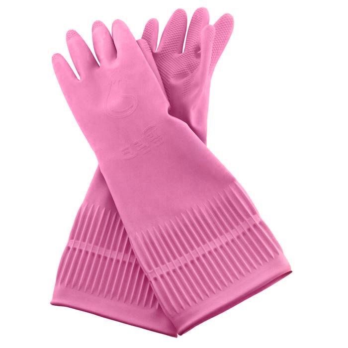 Перчатки латексные Clean Wrap Latex Glove, цвет: розовый. Размер S46202Хозяйственные ароматизированные перчатки Latex Glove предохраняют кожу рук от загрязнения и влаги, они идеально подходят для стирки, уборки и прочих работ по хозяйству. Метод двойного покрытия делает перчатки более гигиеничными и удобными. Защищает руки благодаря специальному защитному компоненту на внутренней поверхности перчаток. При изготовлении перчаток используется 100% натуральный латекс, который сохраняет мягкость и прочность при использовании, как в горячей, так и в холодной воде, и зимой при низких температурах. Эргономичный дизайн позволяет перчаткам удобно прилегать к рукам, создавая удобство в использовании и не натирая кожу. Обеспечивают комфорт рукам, благодаря контролирующему влажность покрытию. Превосходные водоотталкивающие и быстросохнущие свойства позволяют перчаткам хорошо держаться на руках и легко сниматься даже в намоченном состоянии. Поверхность пальцев и ладони рифленая.
