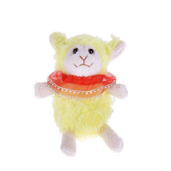Мягкая игрушка-подвеска Sima-land Овечка, 13 см. 332805332805Очаровательная мягкая игрушка-подвеска Sima-land Овечка не оставит вас равнодушным и вызовет улыбку у каждого, кто ее увидит. Игрушка выполнена из искусственного меха и текстиля в виде забавной овечки с цветком на голове и с сердцем в лапах. К игрушке прикреплена текстильная петелька для подвешивания. Мягкая и приятная на ощупь игрушка станет замечательным подарком, который вызовет массу положительных эмоций.