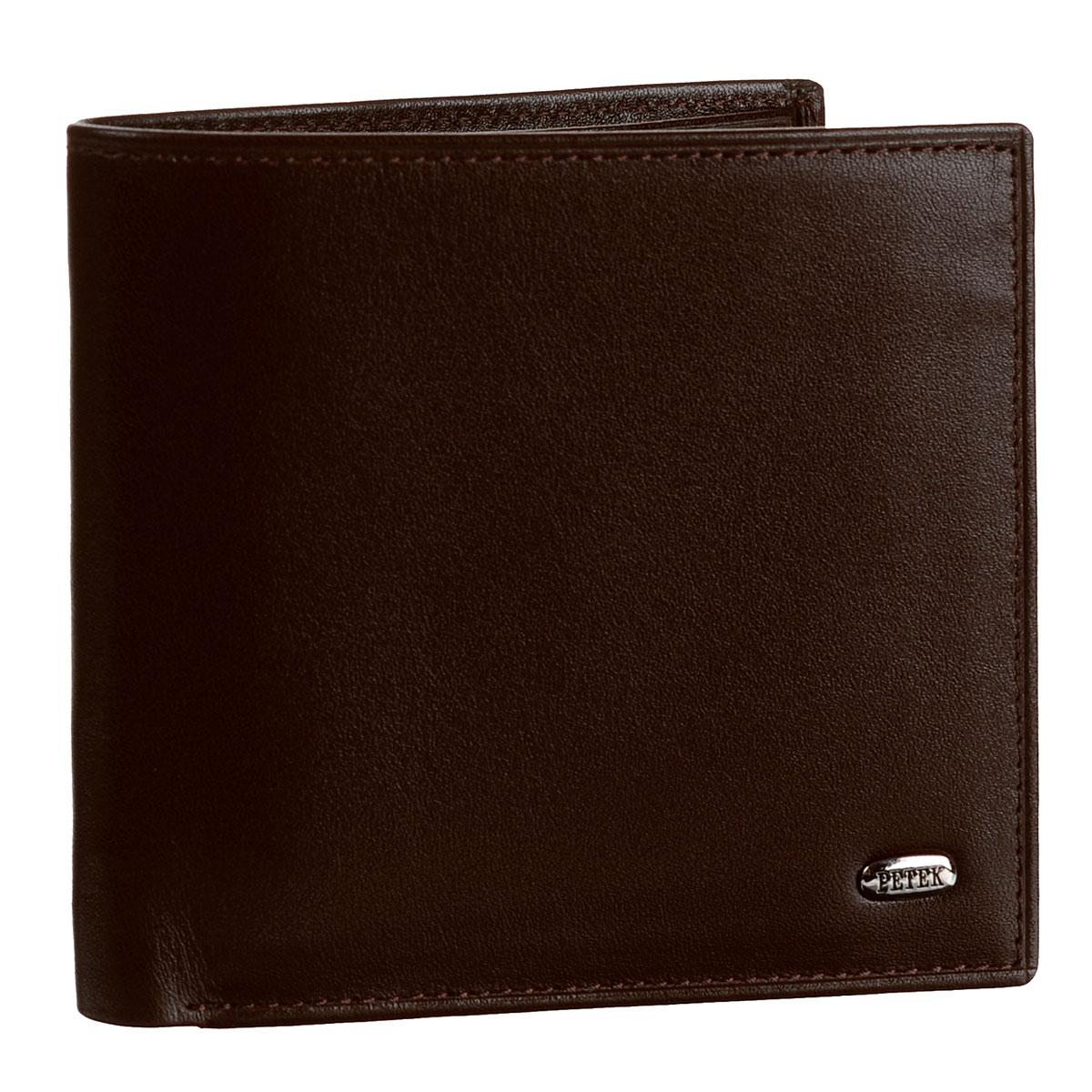Портмоне Petek, цвет: темно-коричневый. 121.000.222121.000.222 D.BrownСтильное портмоне Petek выполнено из высококачественной натуральной кожи с гладкой поверхностью. Внутри - два отделения для купюр, пять наборных кармашков для кредитных карт или визиток и карман для мелочи на кнопке. Портмоне упаковано в коробку с логотипом брэнда. Сдержанность, продуманный дизайн, прекрасная подача стильных атрибутов образа современной мужчины не оставит равнодушным ни единого представителя сильно пола.