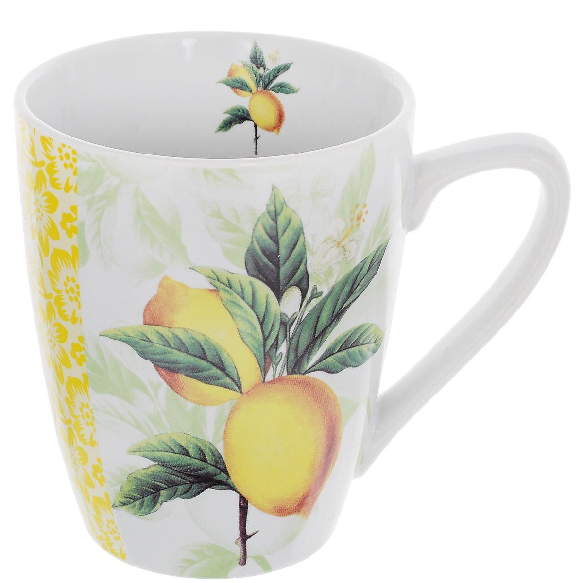 Кружка Лимон, 380 млCX5035-LEКружка Лимон, изготовленная из высококачественной керамики, декорирована изображением двух лимонов на ветке. Такая кружка придется по вкусу ценителям утонченности и изысканности. Кружка послужит не только приятным подарком, но и практичным сувениром.