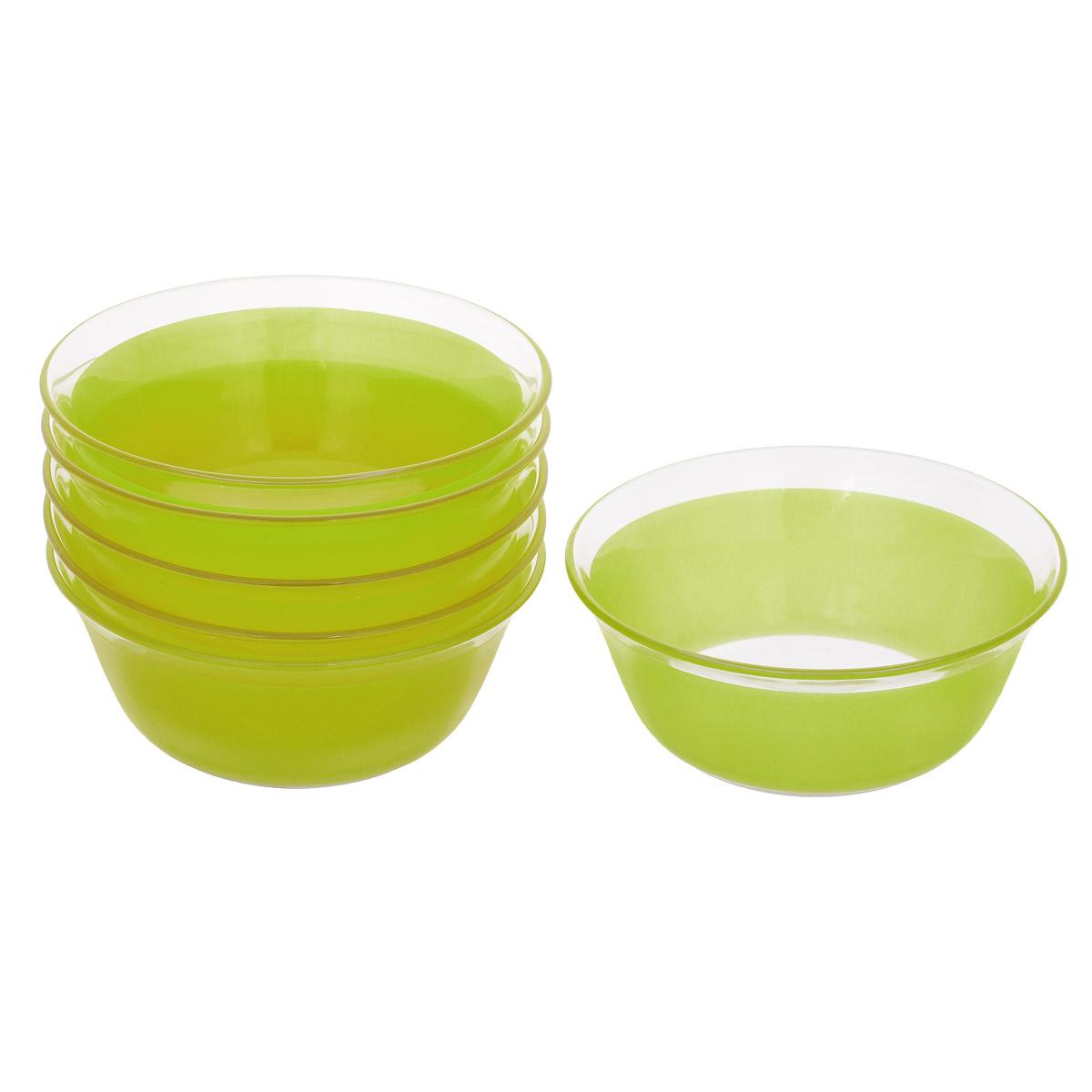 Набор салатников, цвет: зеленый, диаметр 12 см, 6 шт. Кт FW50FW50-T0940-1Набор салатников, выполненный из стекла, будет уместен на любой кухне и понравится каждой хозяйке. В набор входят шесть салатников, украшенных цветной полосой. Они сочетают в себе изысканный дизайн с максимальной функциональностью. Такой набор салатников придется по вкусу и ценителям классики, и тем, кто предпочитает утонченность и изящность.