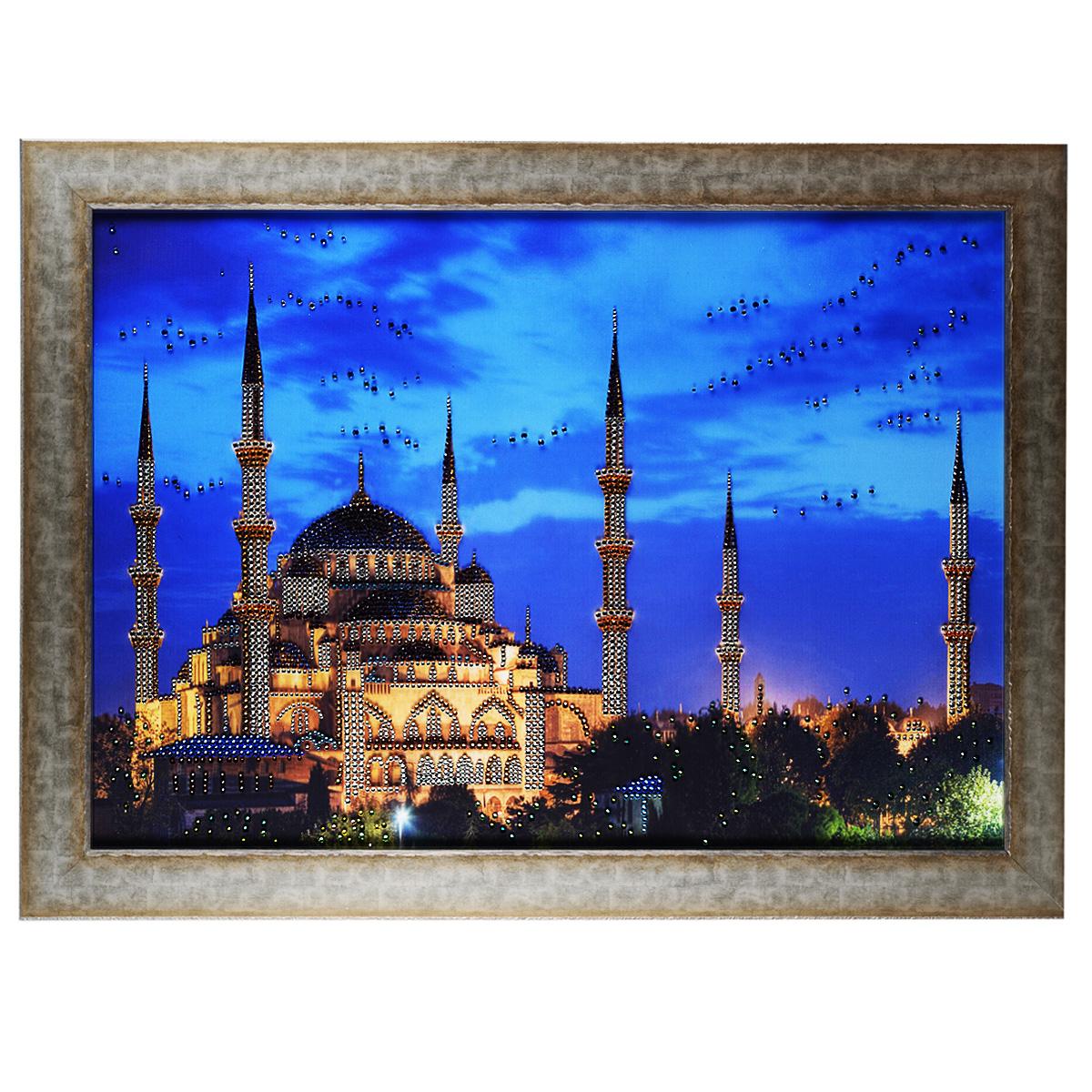 Картина с кристаллами Swarovski Большая мечеть, 80 х 60 см1059Изящная картина в багетной раме, инкрустирована кристаллами Swarovski, которые отличаются четкой и ровной огранкой, ярким блеском и чистотой цвета. Красочное изображение мечети, расположенное на внутренней стороне стекла, прекрасно дополняет блеск кристаллов. С обратной стороны имеется металлическая проволока для размещения картины на стене. Картина с кристаллами Swarovski Большая мечеть элегантно украсит интерьер дома или офиса, а также станет прекрасным подарком, который обязательно понравится получателю. Блеск кристаллов в интерьере, что может быть сказочнее и удивительнее. Картина упакована в подарочную картонную коробку синего цвета и комплектуется сертификатом соответствия Swarovski.