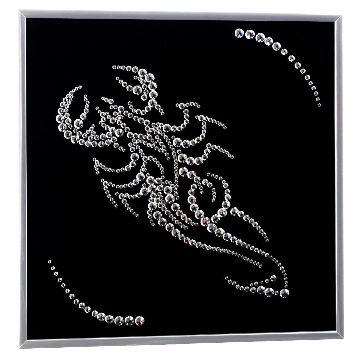 Картина с кристаллами Swarovski Знак зодиака. Скорпион, 26 см х 26 см1124Изящная картина в металлической раме, инкрустирована кристаллами Swarovski в виде знака зодиака - скорпион. Кристаллы Swarovski отличаются четкой и ровной огранкой, ярким блеском и чистотой цвета. Под стеклом картина оформлена бархатистой тканью, что прекрасно дополняет блеск кристаллов. С обратной стороны имеется металлическая петелька для размещения картины на стене. Картина с кристаллами Swarovski Знак зодиака. Скорпион элегантно украсит интерьер дома или офиса, а также станет прекрасным подарком, который обязательно понравится получателю. Блеск кристаллов в интерьере, что может быть сказочнее и удивительнее. Картина упакована в подарочную картонную коробку синего цвета и комплектуется сертификатом соответствия Swarovski.