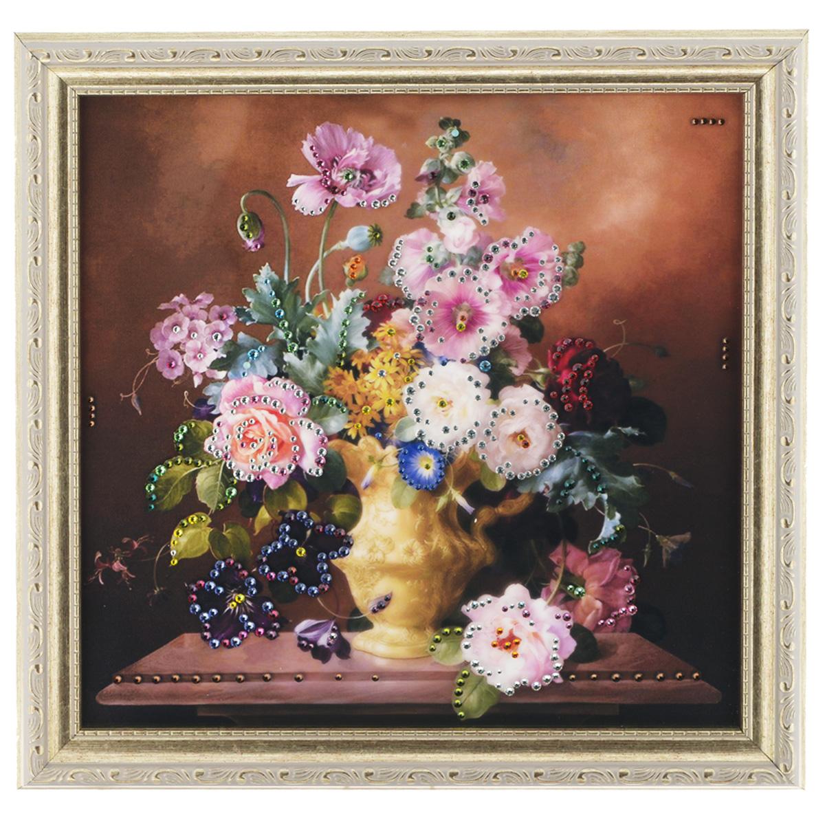 Картина с кристаллами Swarovski Летний аромат, 35 х 35 см1197Изящная картина в багетной раме, инкрустирована кристаллами Swarovski, которые отличаются четкой и ровной огранкой, ярким блеском и чистотой цвета. Красочное изображение букета цветов в вазе, расположенное под стеклом, прекрасно дополняет блеск кристаллов. С обратной стороны имеется металлическая проволока для размещения картины на стене. Картина с кристаллами Swarovski Летний аромат элегантно украсит интерьер дома или офиса, а также станет прекрасным подарком, который обязательно понравится получателю. Блеск кристаллов в интерьере, что может быть сказочнее и удивительнее. Картина упакована в подарочную картонную коробку синего цвета и комплектуется сертификатом соответствия Swarovski.