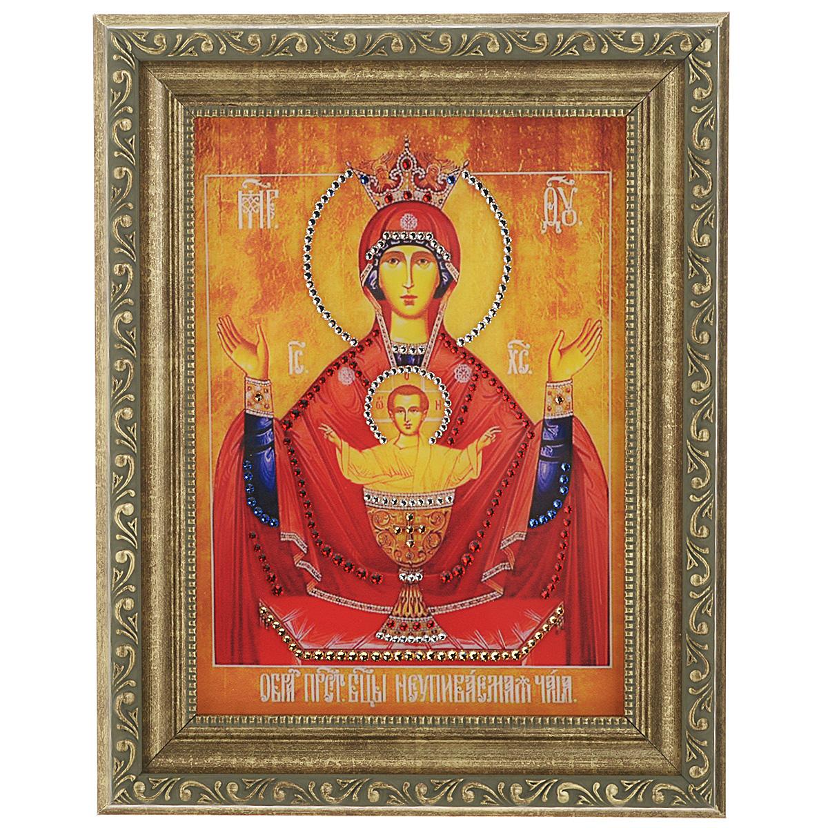 Картина с кристаллами Swarovski Икона Божией Матери. Неупиваемая Чаша, 20 см х 25 см1367Изящная картина в багетной раме, инкрустирована кристаллами Swarovski, которые отличаются четкой и ровной огранкой, ярким блеском и чистотой цвета. Красочное изображение, расположенное под стеклом, прекрасно дополняет блеск кристаллов. С обратной стороны имеется металлическая проволока для размещения картины на стене. Картина с кристаллами Swarovski Икона Божией Матери. Неупиваемая Чаша элегантно украсит интерьер дома или офиса, а также станет прекрасным подарком, который обязательно понравится получателю. Блеск кристаллов в интерьере, что может быть сказочнее и удивительнее. Картина упакована в подарочную картонную коробку синего цвета и комплектуется сертификатом соответствия Swarovski. Икона имеет благословение и освещение Храма Преподобного Сергея Радонежского.