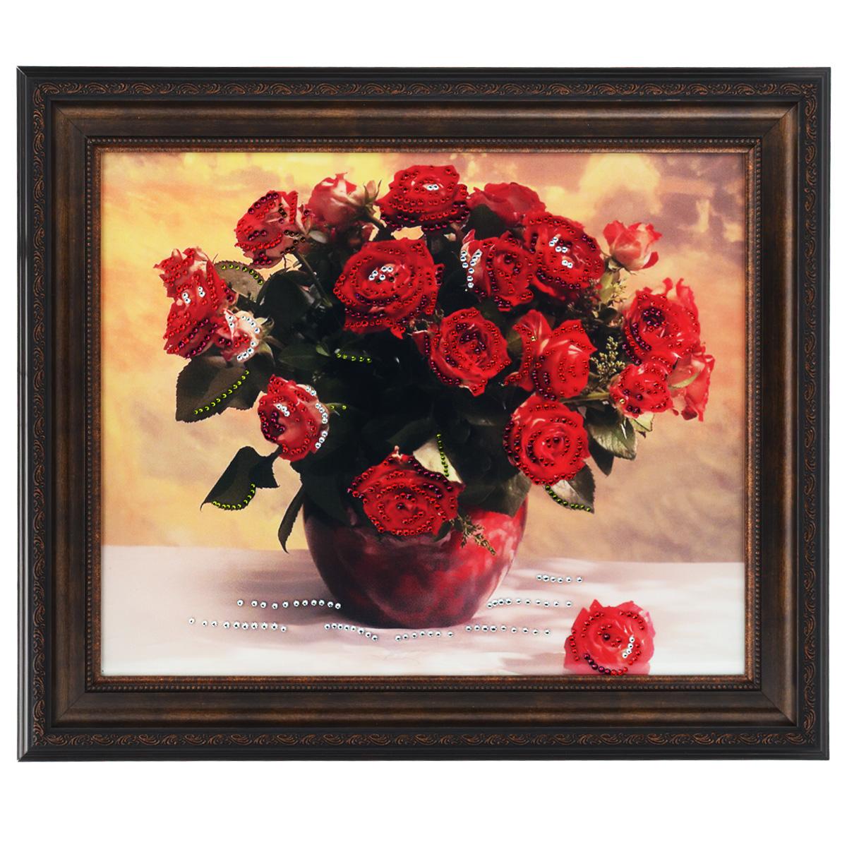 Картина с кристаллами Swarovski Миллион алых роз, 61 х 51 см1412Изящная картина в багетной раме, инкрустирована кристаллами Swarovski, которые отличаются четкой и ровной огранкой, ярким блеском и чистотой цвета. Красочное изображение букета роз в вазе, расположенное под стеклом, прекрасно дополняет блеск кристаллов. С обратной стороны имеется металлическая проволока для размещения картины на стене. Картина с кристаллами Swarovski Миллион алых роз элегантно украсит интерьер дома или офиса, а также станет прекрасным подарком, который обязательно понравится получателю. Блеск кристаллов в интерьере, что может быть сказочнее и удивительнее. Картина упакована в подарочную картонную коробку синего цвета и комплектуется сертификатом соответствия Swarovski.