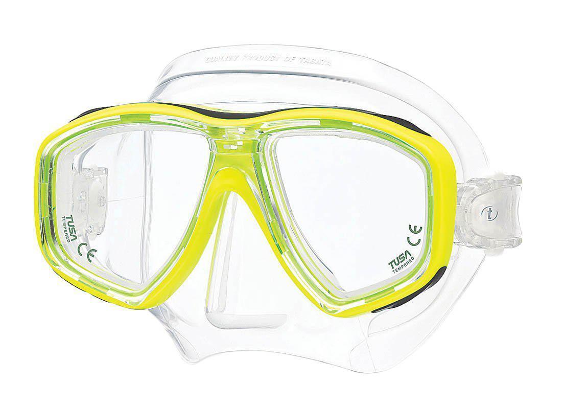 Маска для плавания Tusa Freedom Ceos, цвет: желтыйTS M-212 FYНовинка 2013 года. Низкопрофильная 2-линзовая маска с маленьким подмасочным пространством. В маске применен ряд новых революционных технологий, обеспечивающих комфорт и прилегание маски к лицу. Ячеистая структура обтюратора переменной величины и диаметра в районе скул и по краям лба делают его более мягким и эластичным, что обеспечивает лучшее прилегание и уменьшает вероятность протекания. Переменная толщина силикона обтюратора в районе рта и нижней части носа делают процесс использования трубки максимально комфортным. Обтюратор по линии соприкосновения с кожей имеет поверхность пониженного трения и большую площадь соприкосновения с кожей. В данной маске применена недавно разработанная низкопрофильная пряжка, которая крепится прямо к силиконовому обтюратору. В результате получается компактная, легкая и технологически более совершенная модель маски, которую можно просто и быстро настроить под себя, добившись оптимального прилегания.