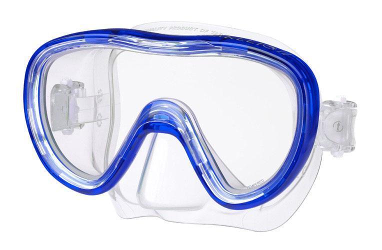 Маска для плавания Tusa Kleio II, цвет: синийTS M-111 CBLОднолинзовая маска с широким панорамным обзором. Обтюратор маски имеет скругленные края со специальной посадкой по линиям наилучшего прилегания к лицу. В данной маске применена недавно разработанная низкопрофильная пряжка, которая крепится прямо к силиконовому обтюратору. Подходит для маленьких и среднего размера лиц - идеальный выбор для подростков.