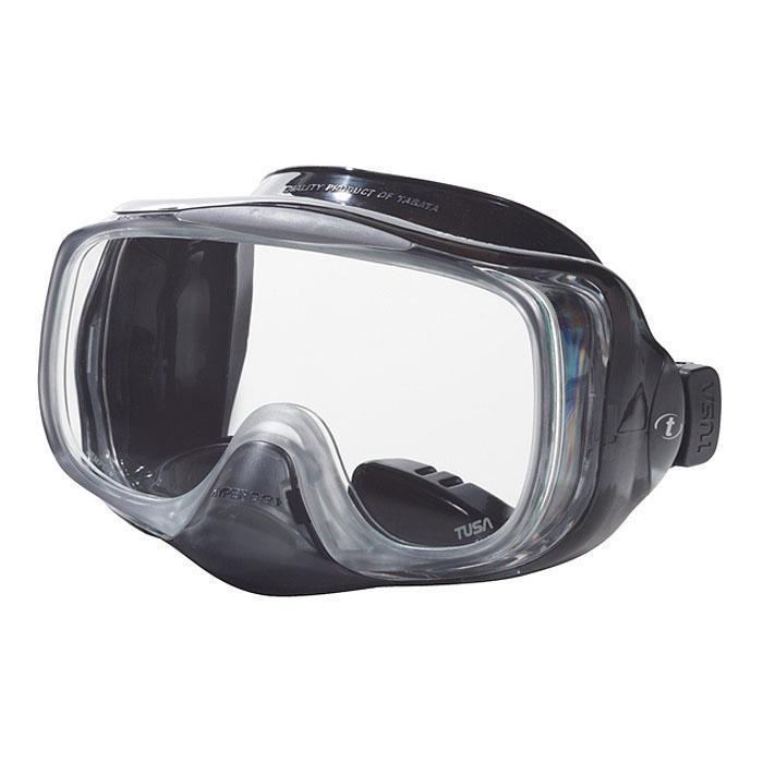 Маска для плавания Tusa Imprex 3D Hyperdry, цвет: прозрачный, черныйTS M-32 BKМаска с системой Hyperdry (односторонний дренажный клапан) для легкого очищения маски от воды. Все, что необходимо сделать для удаления воды из-под маски - это выдох носом. Как только маска очистилась, клапан закрывается. Рамка маски имеет облегченную конструкцию и низкопрофильный дизайн. Маска обеспечивает исключительный обзор благодаря широкой фронтальной и двум боковым линзам.
