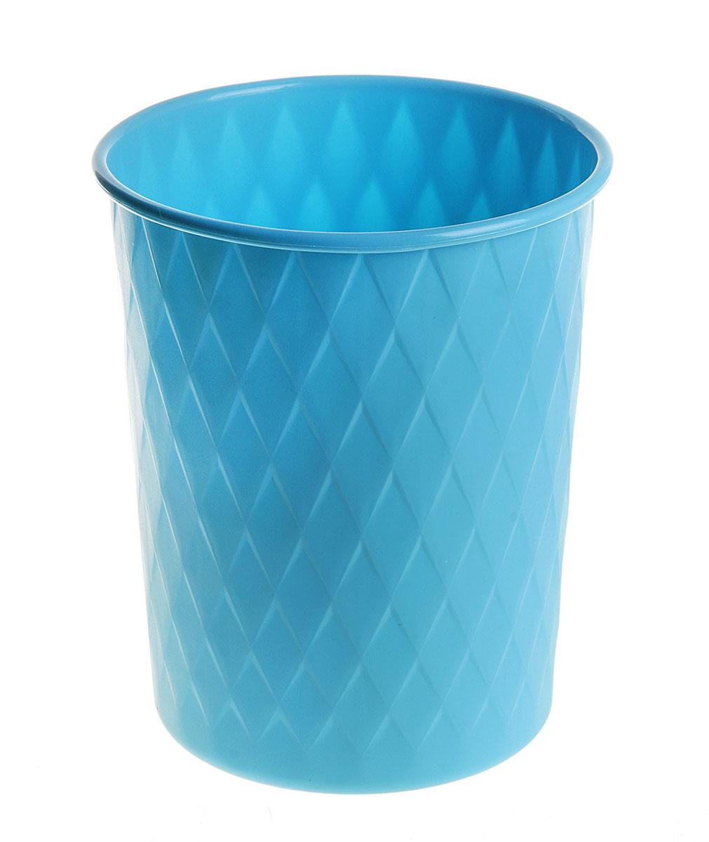 Ведерко Sima-land Ромб, пластиковое, цвет: синий, высота 24 см147471Ведерко Sima-land Ромб изготовлено из пластика и предназначено для складывания мусора, различных мелких предметов и материалов. Поверхность изделия декорирована рельефным ромбовидным рисунком. Размер ведерка: 24 см х 19,5 см. Диаметр дна: 15,5 см.