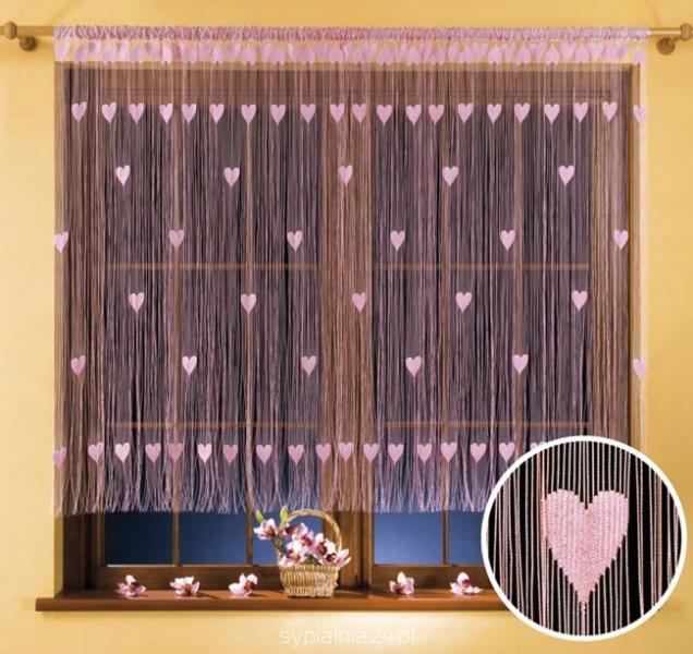 Гардина-лапша Wisan Walentynka, цвет: розовый, 270 см х 150 см9918 розовыйГардина-лапша Wisan Walentynka, изготовленная из полиэстера и украшенная сердечками, станет прекрасным дополнением интерьера комнаты. Яркий дизайн и нежная цветовая гамма привлекут к себе внимание и органично впишутся в интерьер комнаты. Оригинальное оформление гардины внесет разнообразие и подарит заряд положительного настроения. Гардина оснащена кулиской для крепления на круглый карниз.