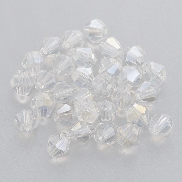 Бусины Астра, цвет: прозрачный (1-АВ), 6 мм х 6 мм, 30 шт. 7705645_1-АВ7705645_1-АВНабор бусин Астра, изготовленный из стекла, позволит вам своими руками создать оригинальные ожерелья, бусы или браслеты. Бусины выполнены овальной формы с рельефными, многогранными поверхностями. Изготовление украшений - занимательное хобби и реализация творческих способностей рукодельницы, это возможность создания неповторимого индивидуального подарка.