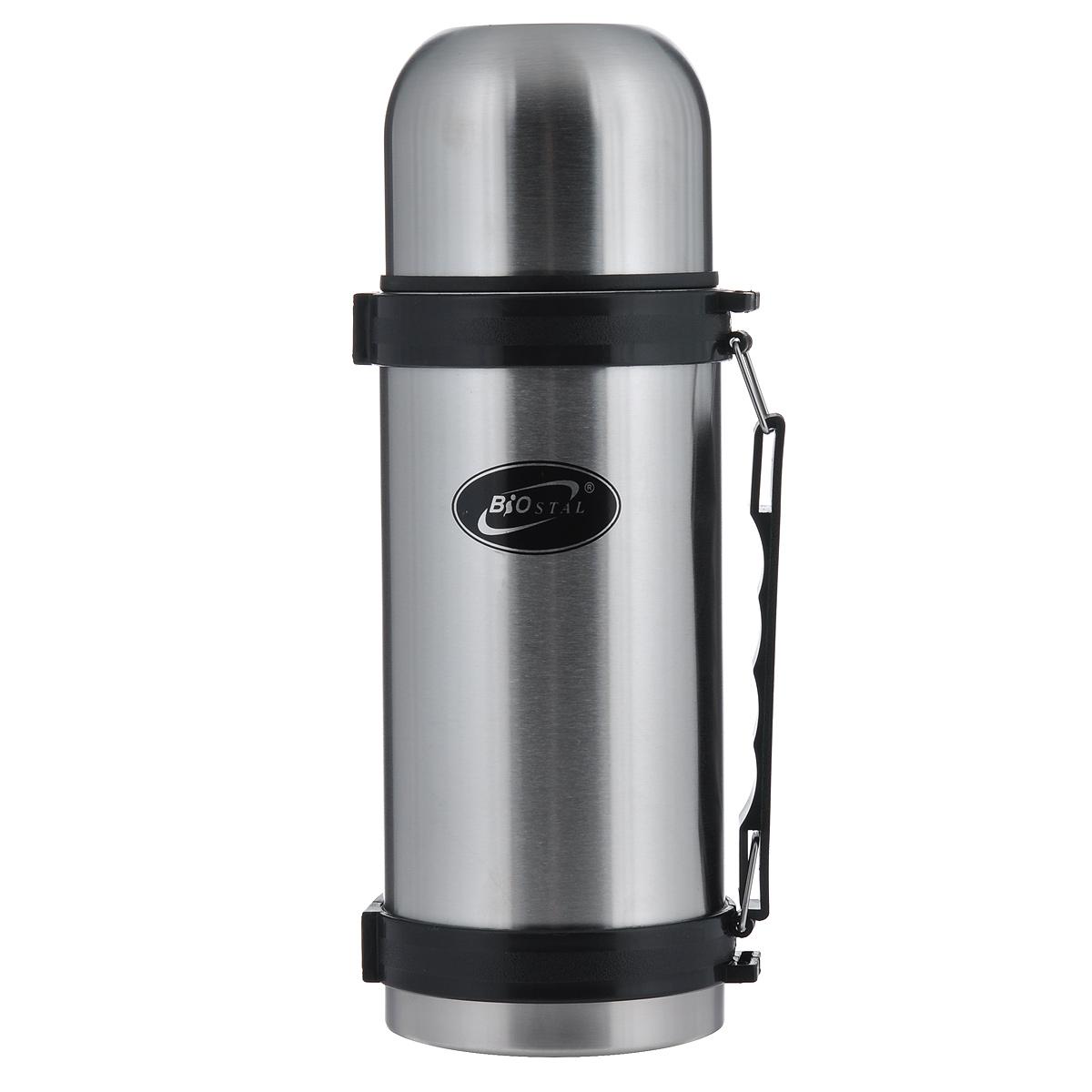 Термос BIOSTAL, 1 л. NY-1000-2NY-1000-2Термос с узким горлом BIOSTAL, изготовленный из высококачественной нержавеющей стали, относится к классической серии. Термосы этой серии, являющейся лидером продаж, просты в использовании, экономичны и многофункциональны. Термос предназначен для хранения горячих и холодных напитков (чая, кофе) и укомплектован пробкой с кнопкой. Такая пробка удобна в использовании и позволяет, не отвинчивая ее, наливать напитки после простого нажатия. Изделие также оснащено крышкой-чашкой, и удобной пластиковой ручкой. Легкий и прочный термос BIOSTAL сохранит ваши напитки горячими или холодными надолго.